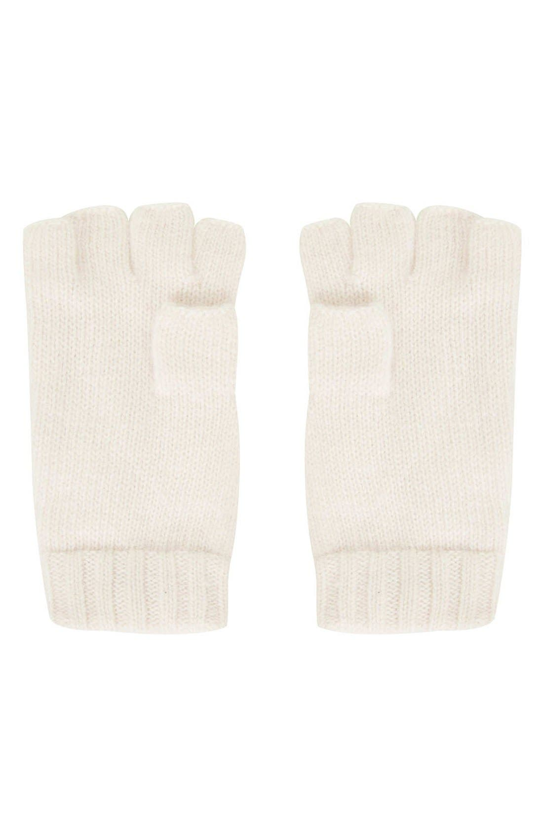 Alternate Image 2  - Topshop Cable Knit Convertible Mittens