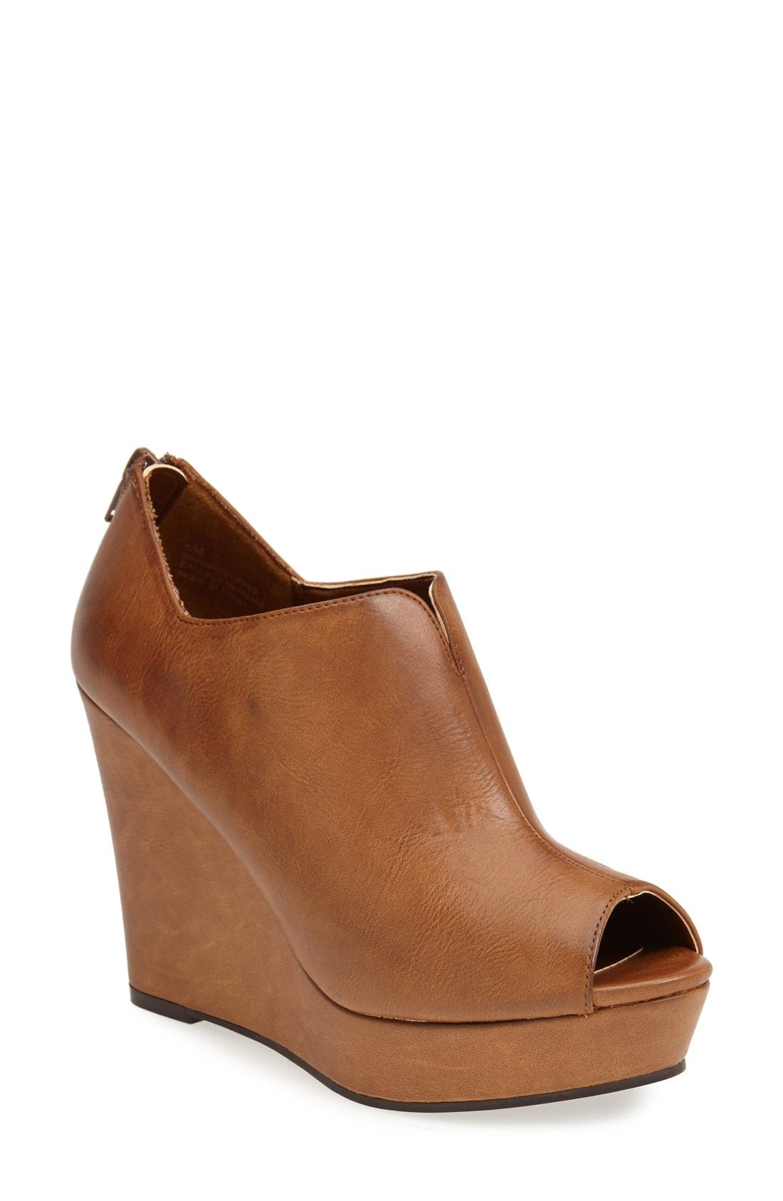 'Run Around' Wedge Sandal,                         Main,                         color, Cognac