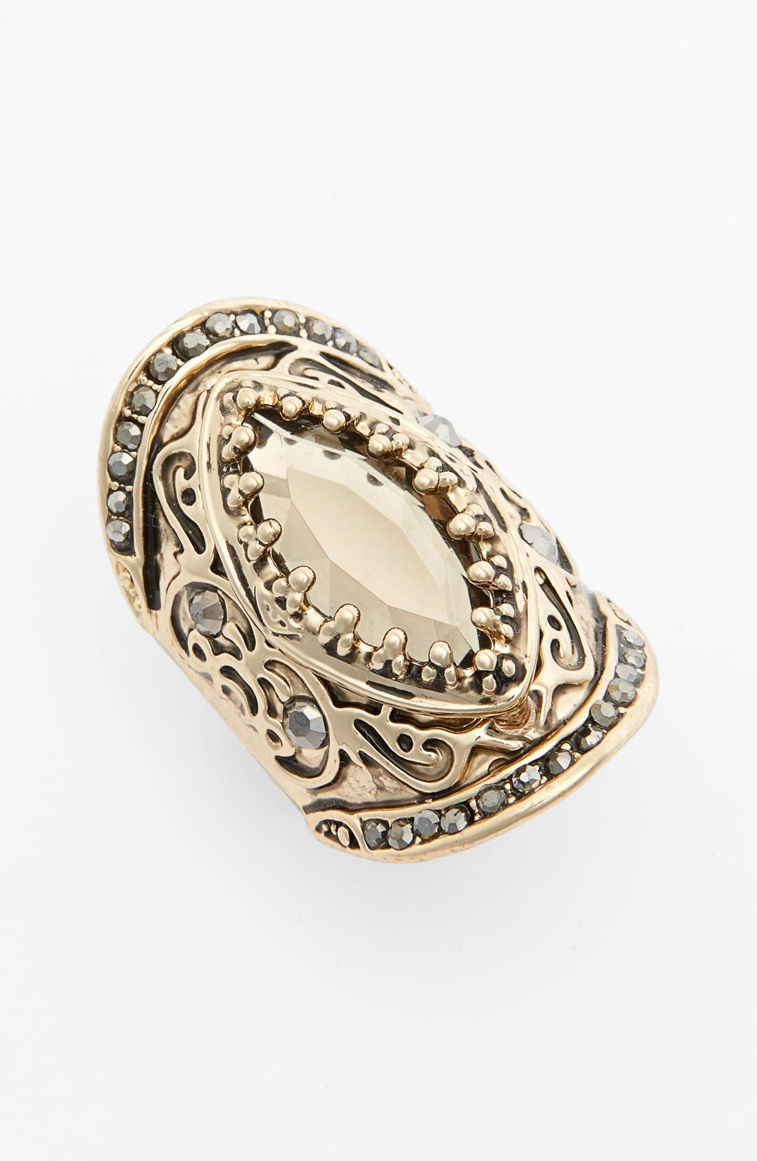 Main Image - Spring Street 'Throne' Stretch Shield Ring