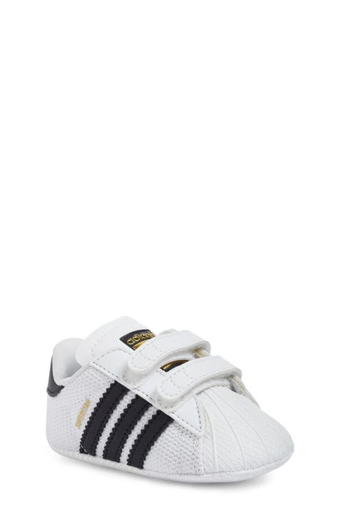 A bordo prometedor País  Baby adidas, Walker & Toddler Shoes | Nordstrom