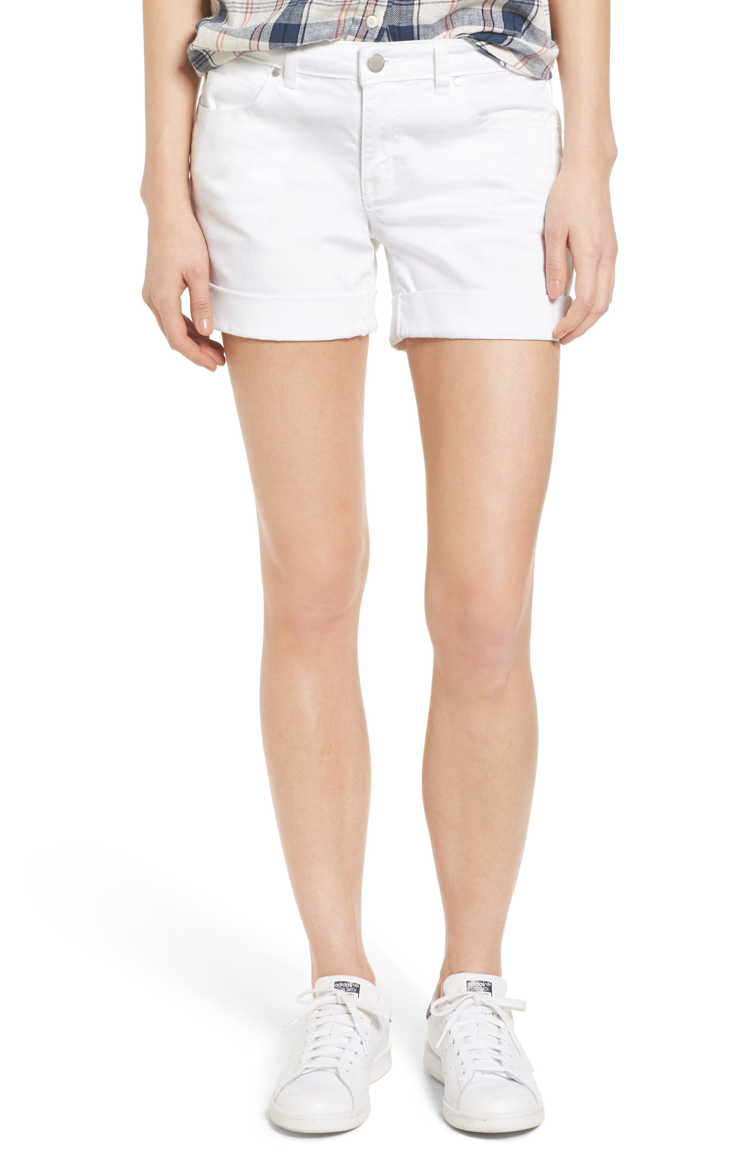 Caslon® Boyfriend Shorts (Regular & Petite)