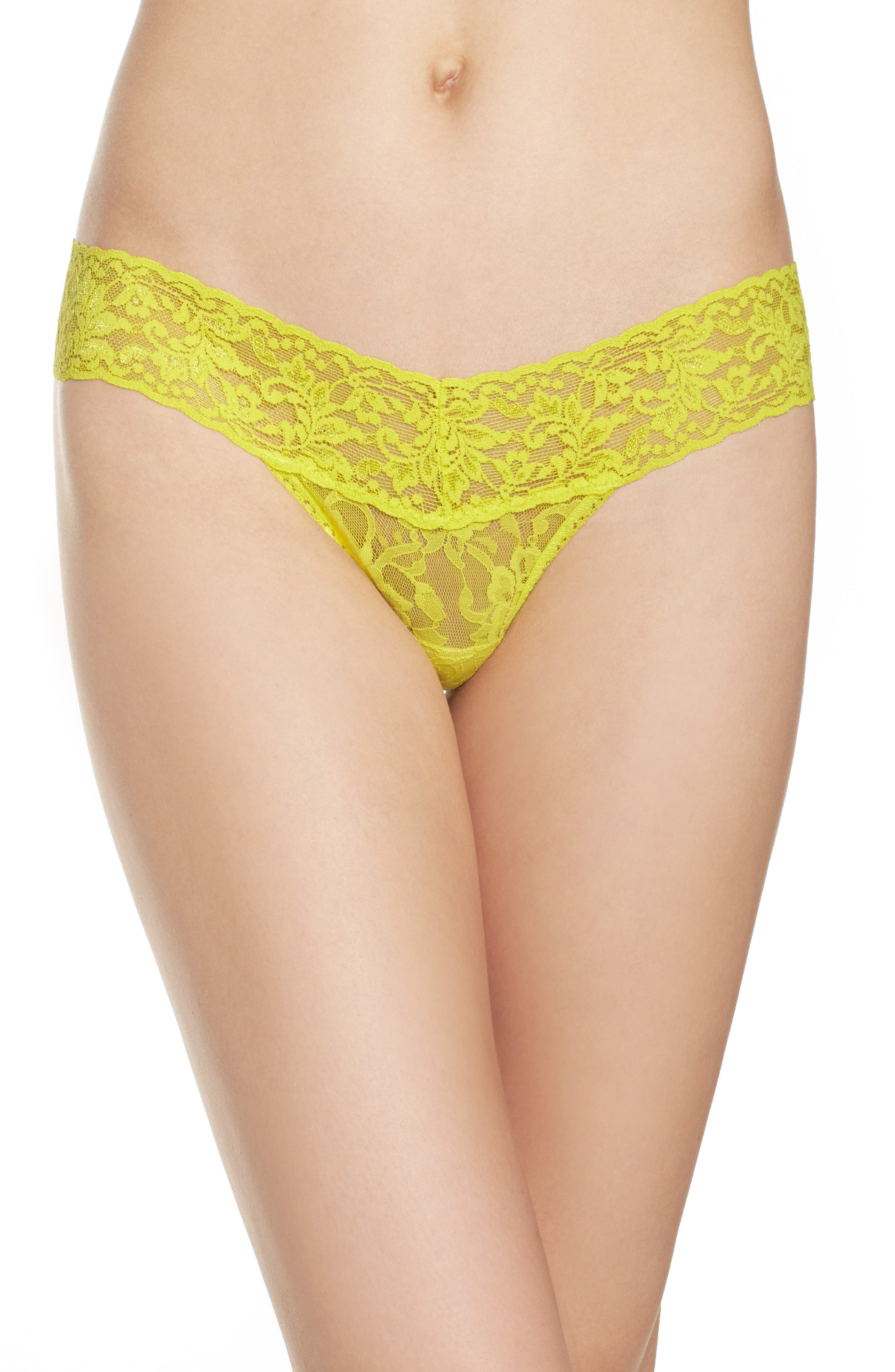 Alternate Image 1 Selected - Hanky Panky Signature Lace Low Rise Thong