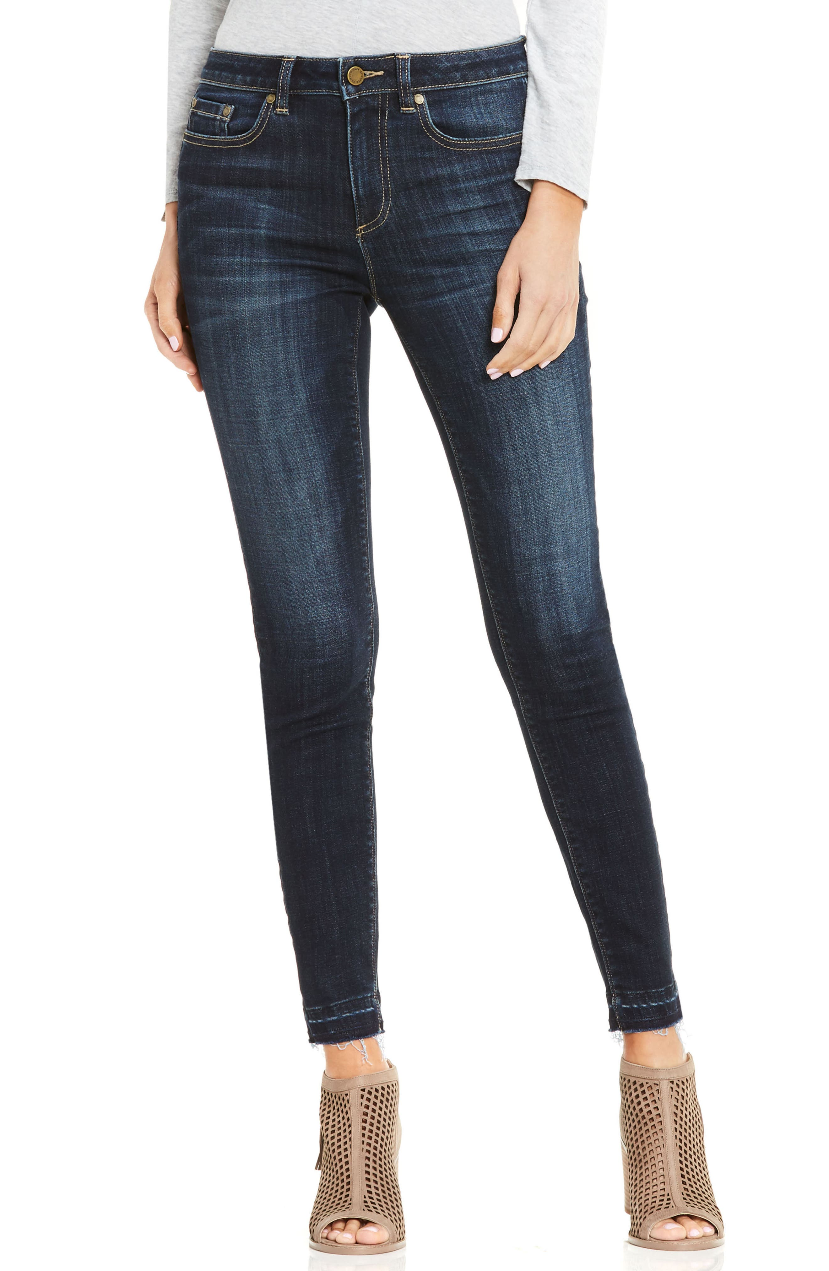 Two by Vince Camuto Release Hem Skinny Jeans