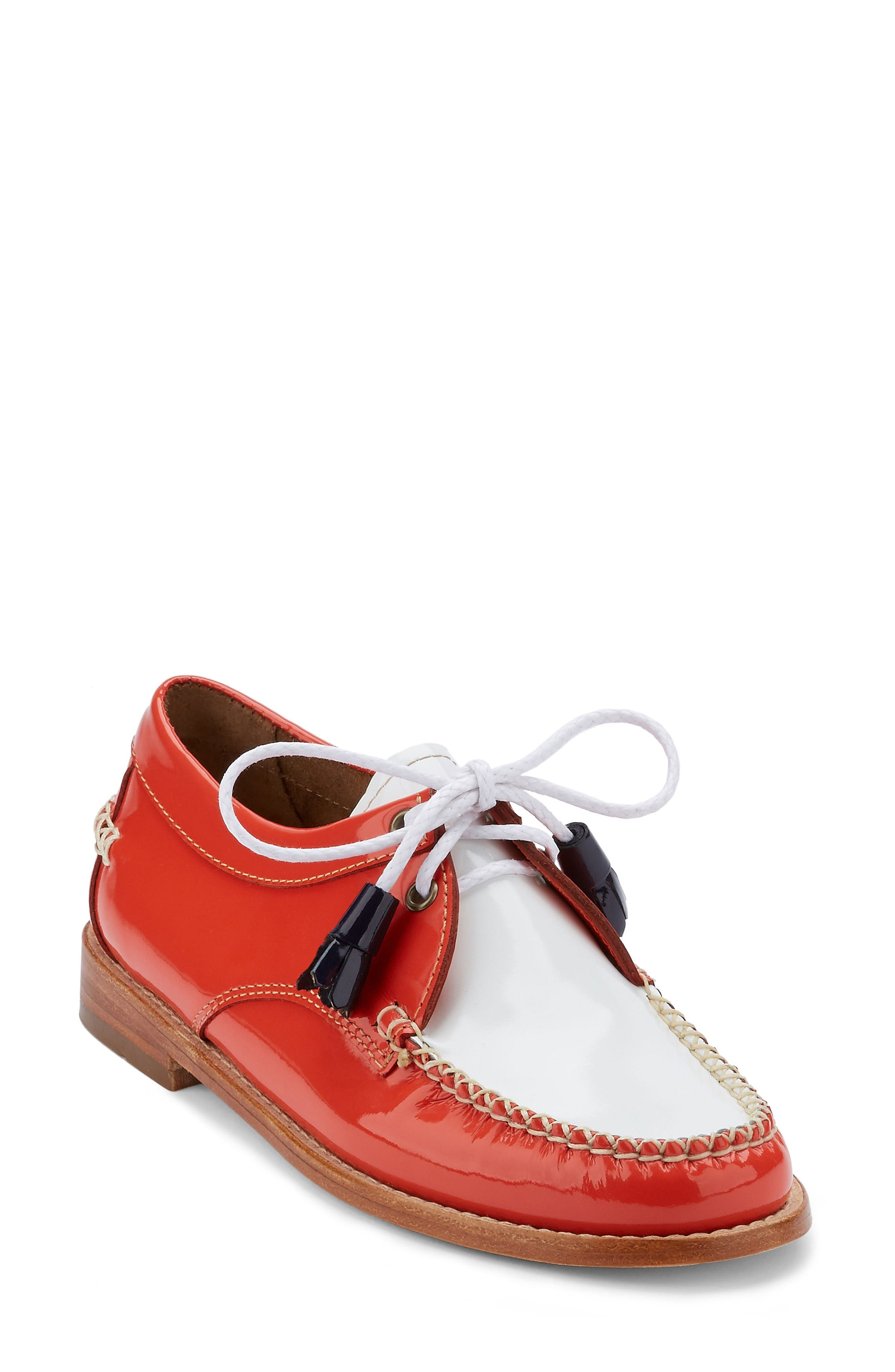 Alternate Image 1 Selected - G.H. Bass & Co. 'Winnie' Leather Oxford (Women)