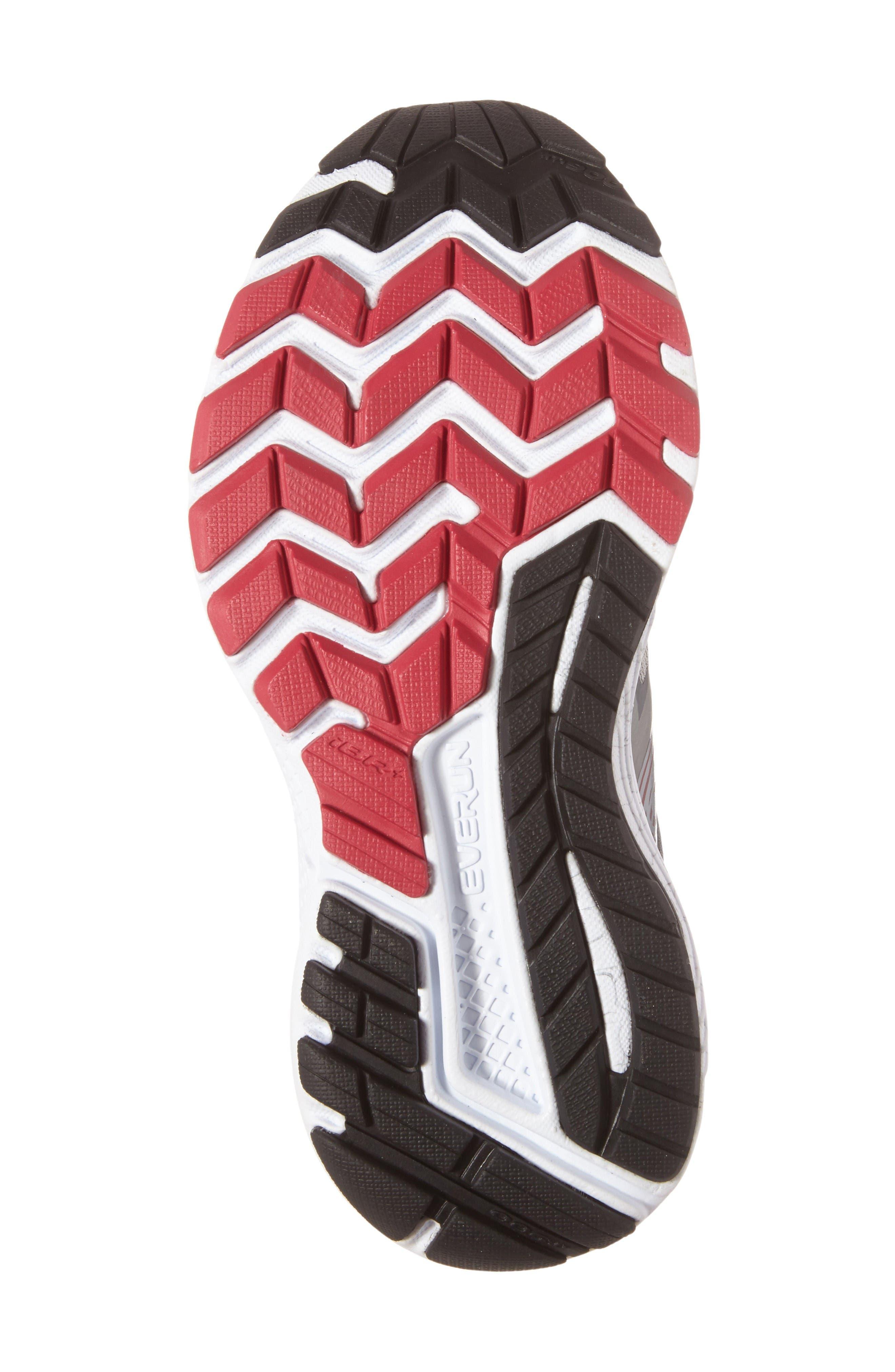 Alternate Image 4  - Saucony Guide 10 Running Shoe (Women)