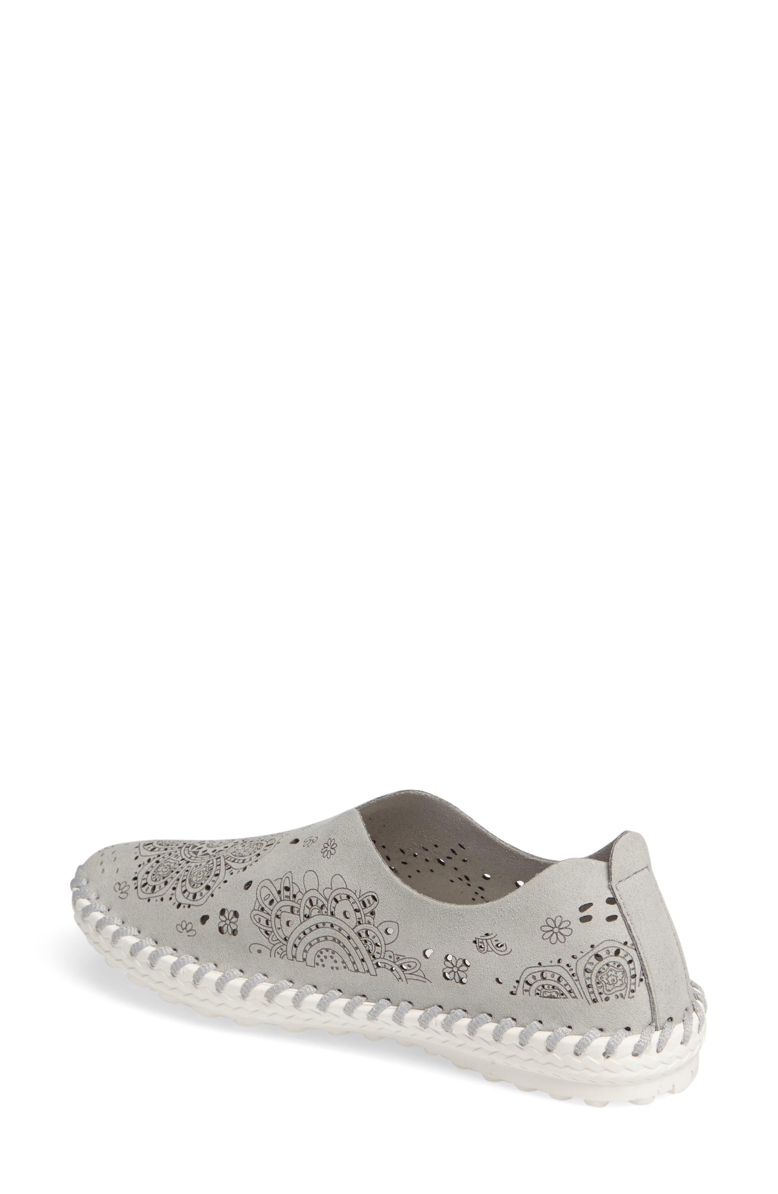 TW09 Slip-On Sneaker,                             Alternate thumbnail 2, color,                             Light Grey Leather