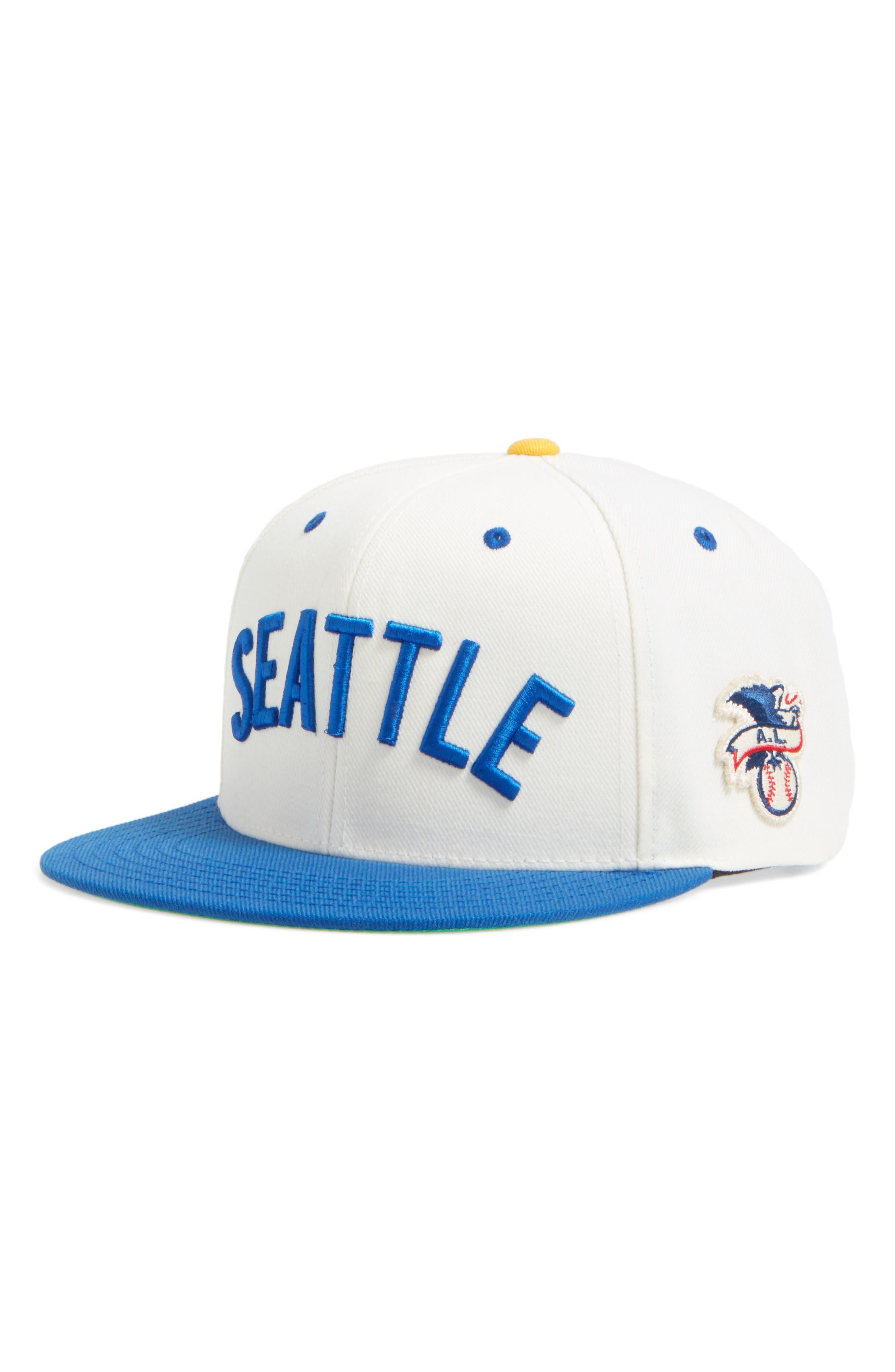 American Needle United MLB Snapback Baseball Cap