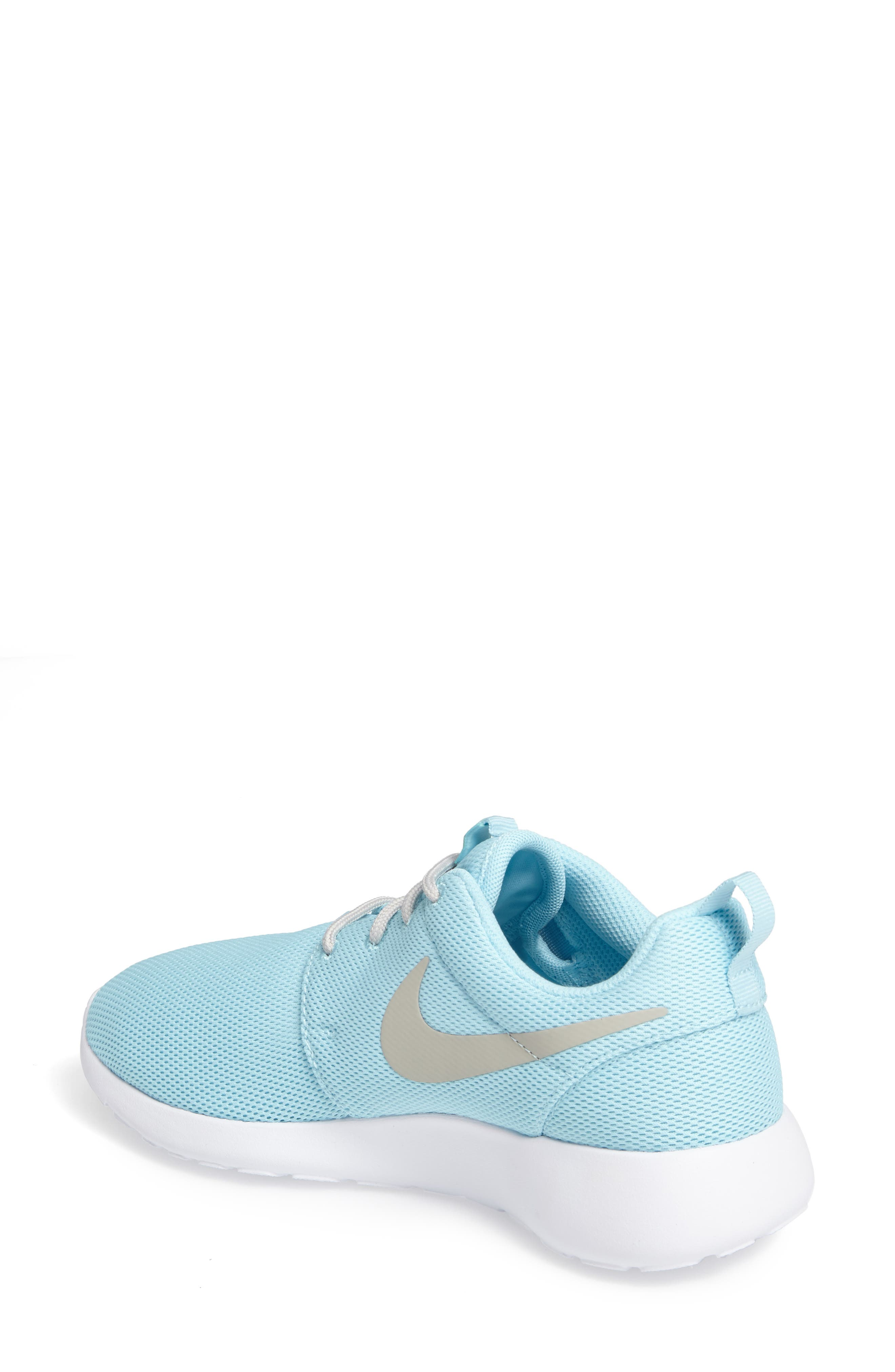 Alternate Image 2  - Nike 'Roshe Run' Sneaker (Women)