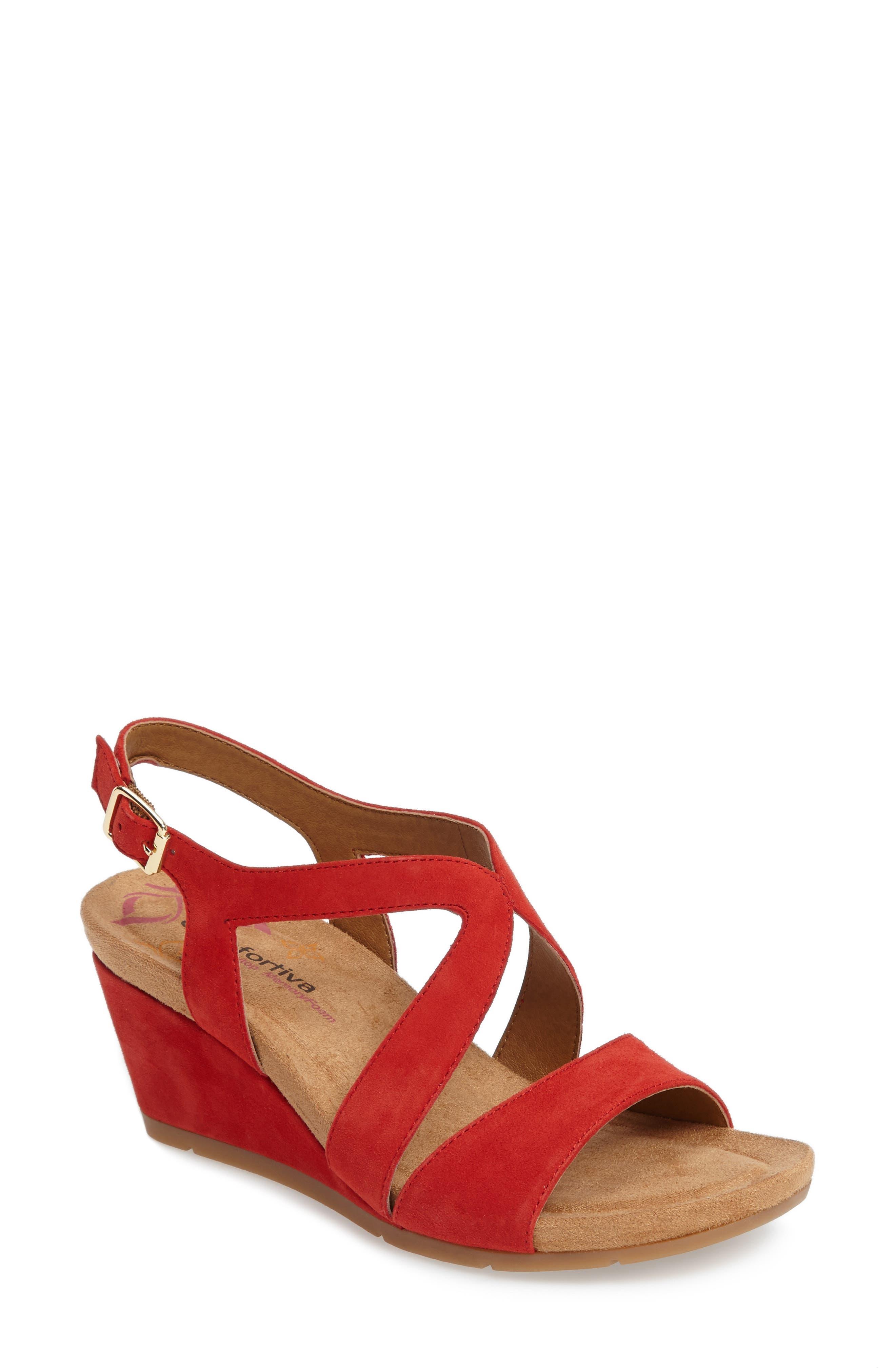 Alternate Image 1 Selected - Comfortiva Vandy Sandal (Women)