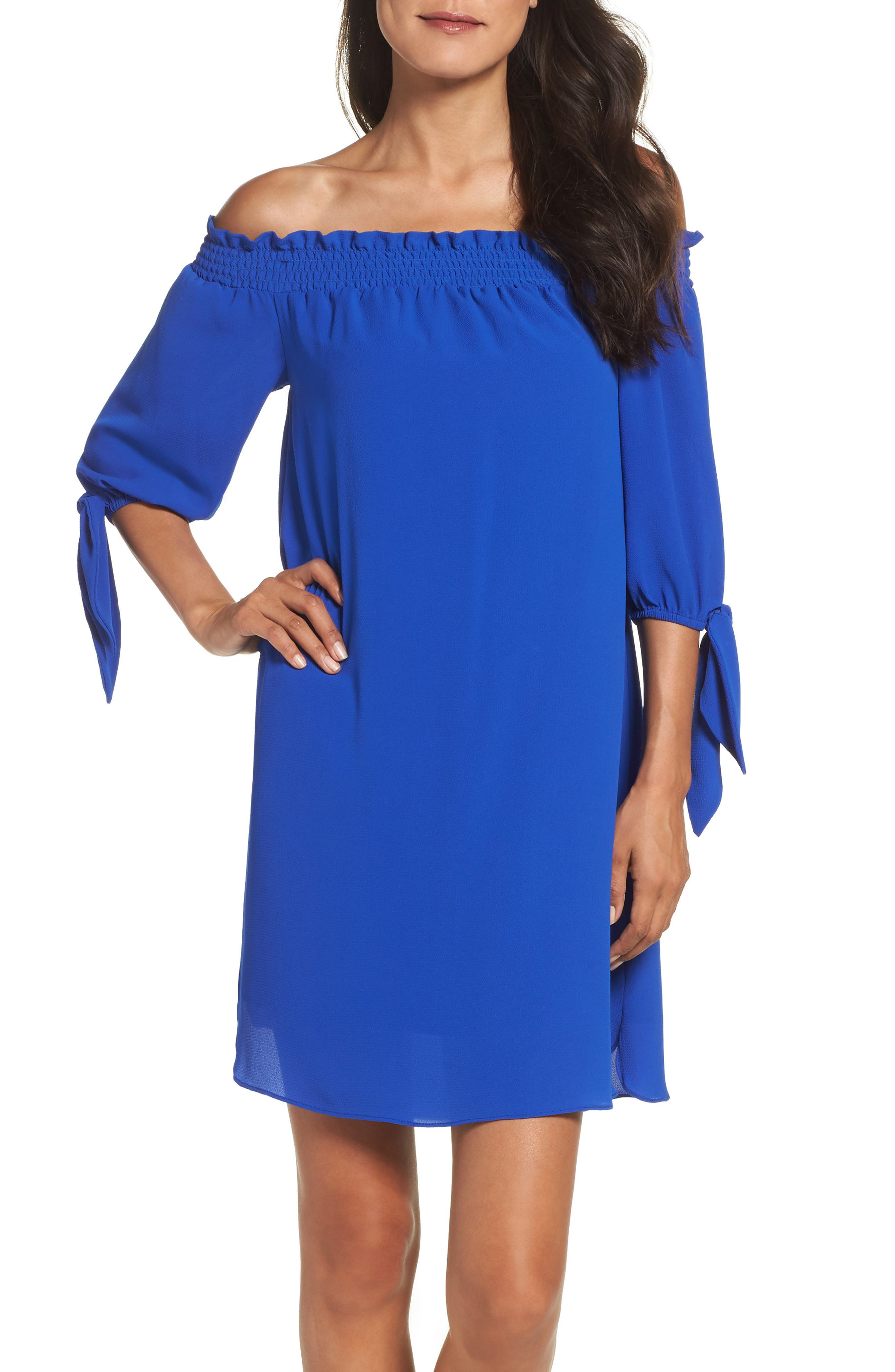 Alternate Image 1 Selected - Vince Camuto Stretch Crepe Shift Dress (Regular & Petite)