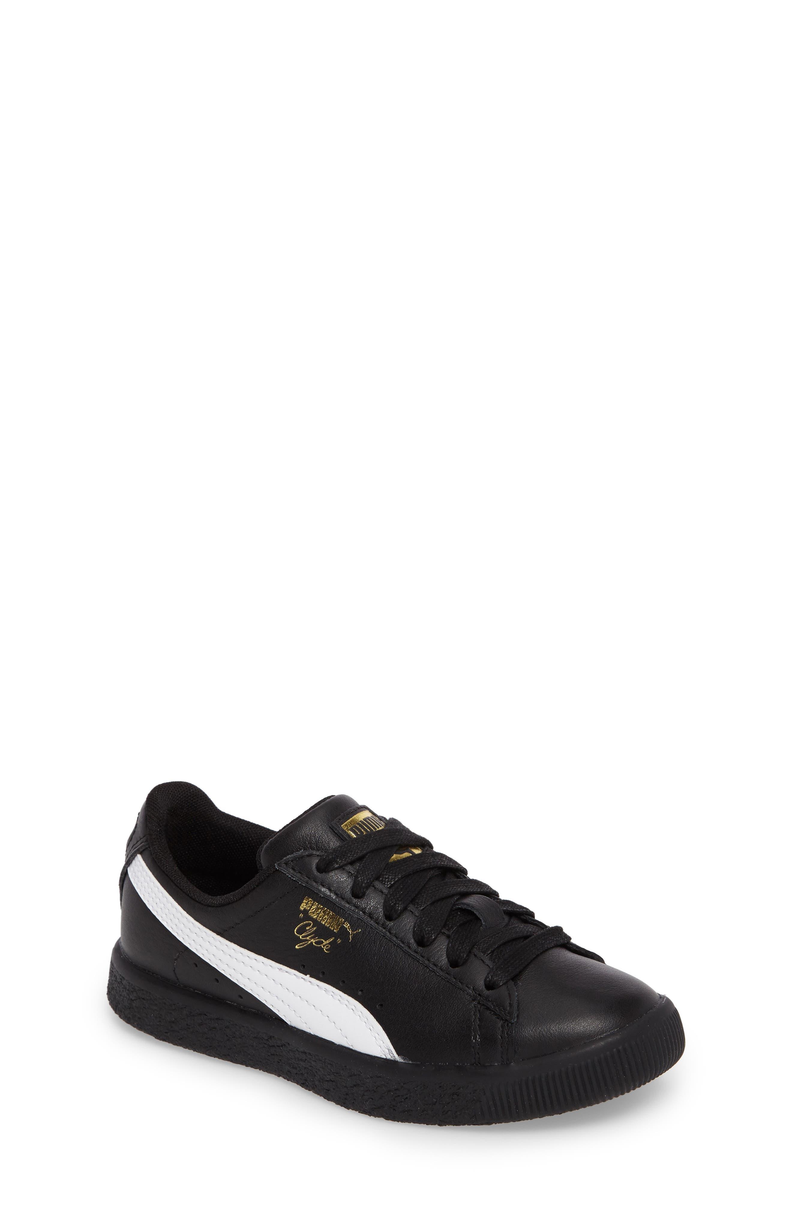 PUMA Clyde Core Foil Sneaker