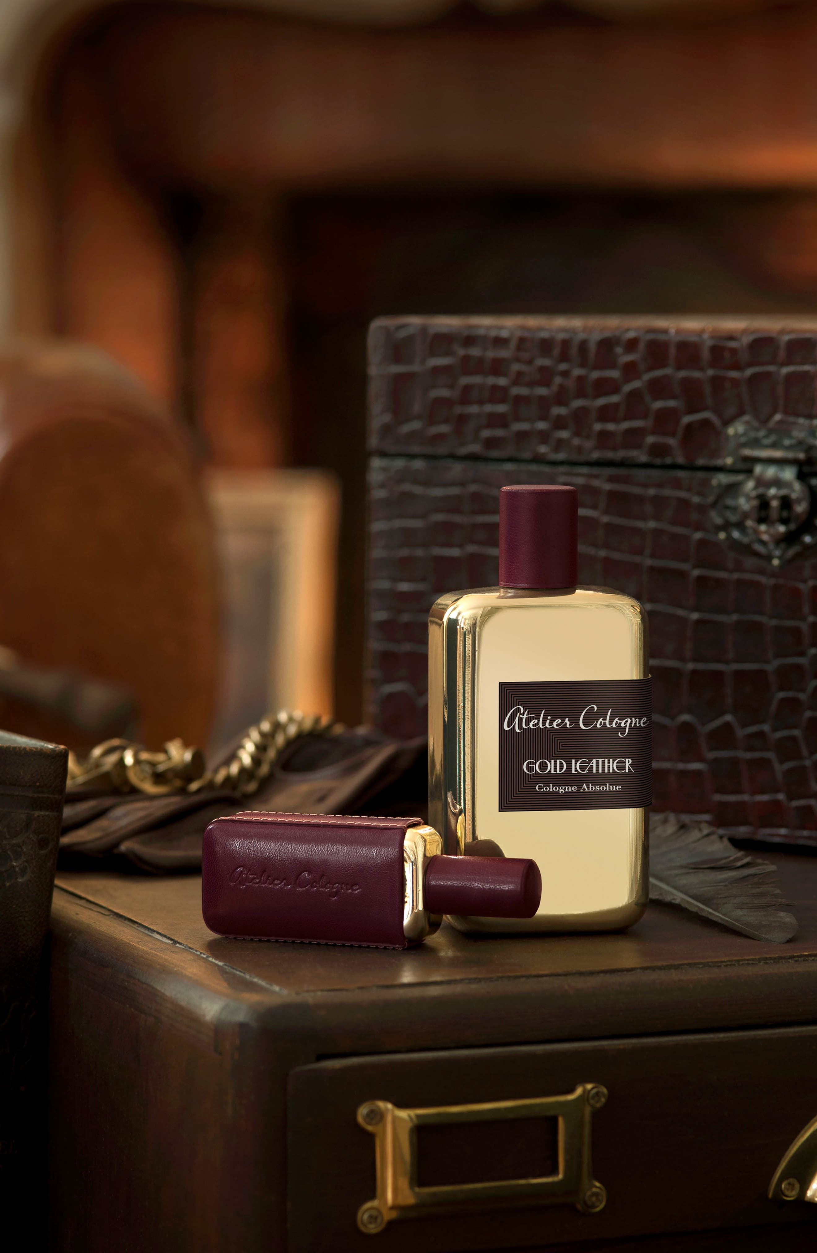 Alternate Image 2  - Atelier Cologne Gold Leather Soap