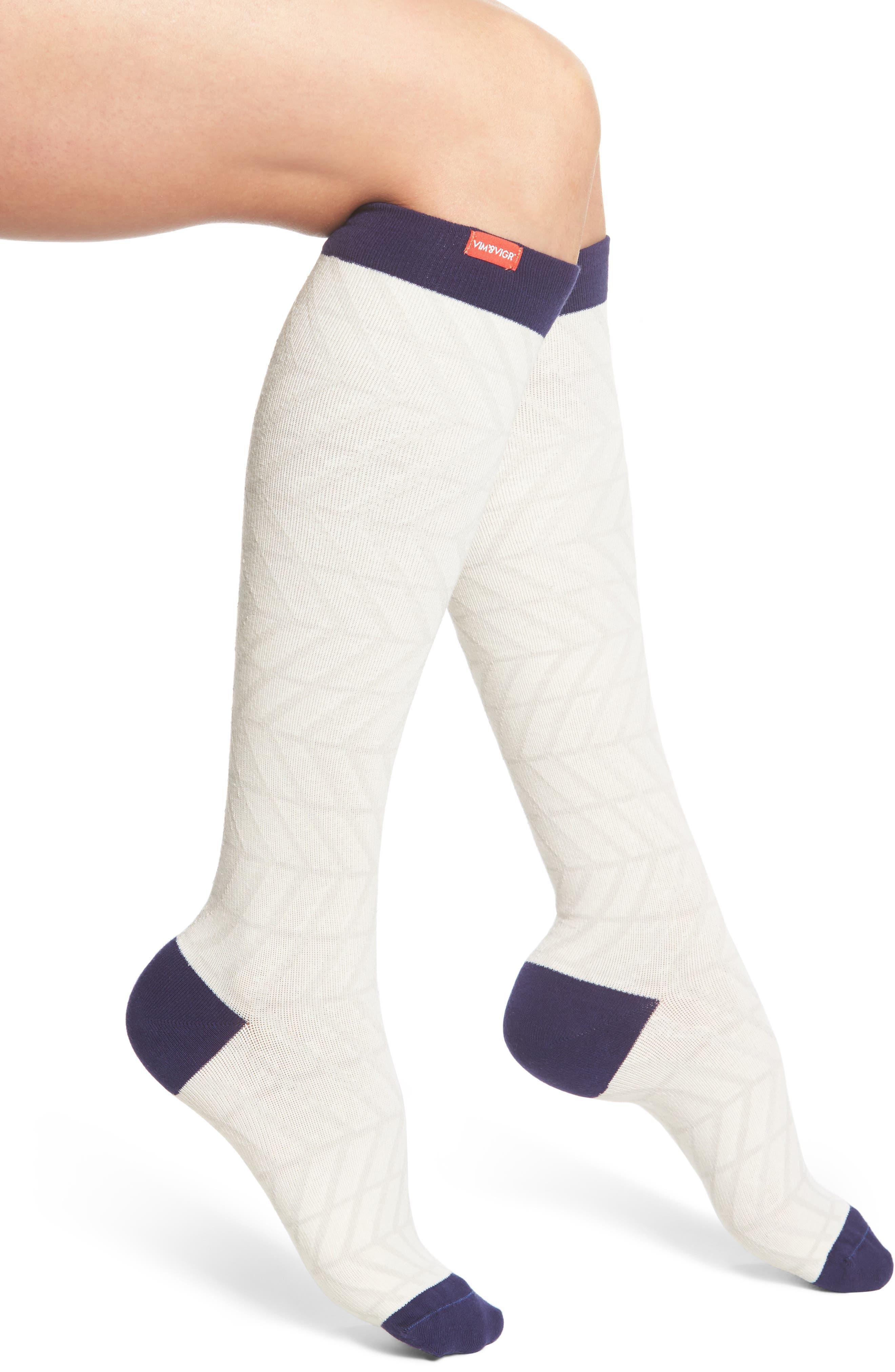 Zigzag Compression Socks,                         Main,                         color, Cream/ Navy