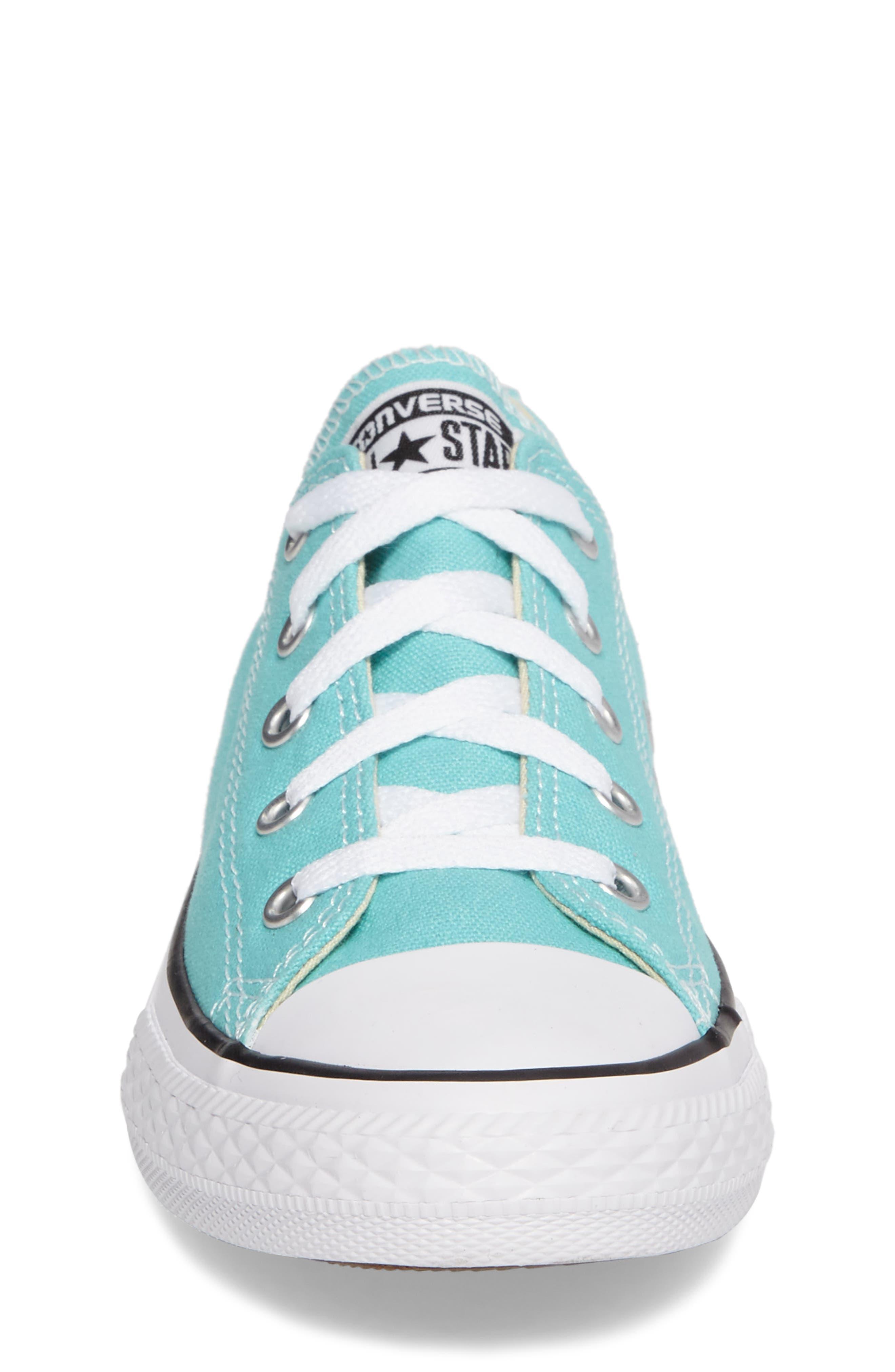 Chuck Taylor<sup>®</sup> All Star<sup>®</sup> Low Top Sneaker,                             Alternate thumbnail 4, color,                             Light Aqua/ Light Aqua