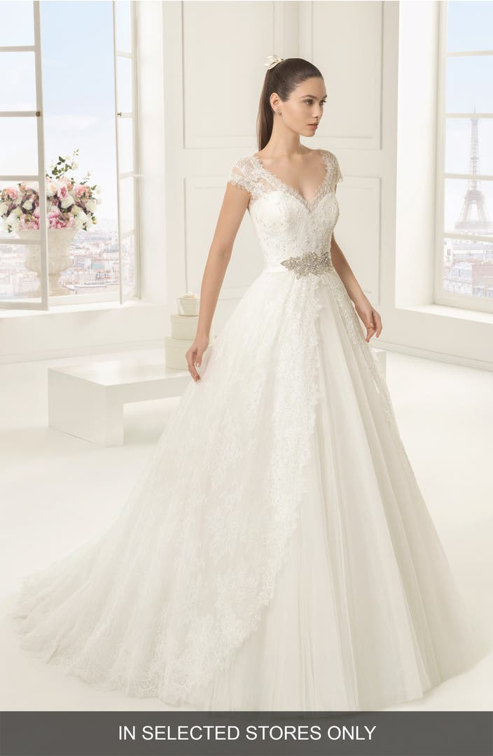 Rosa clara exotico beaded lace tulle ballgown nordstrom for Storing your wedding dress