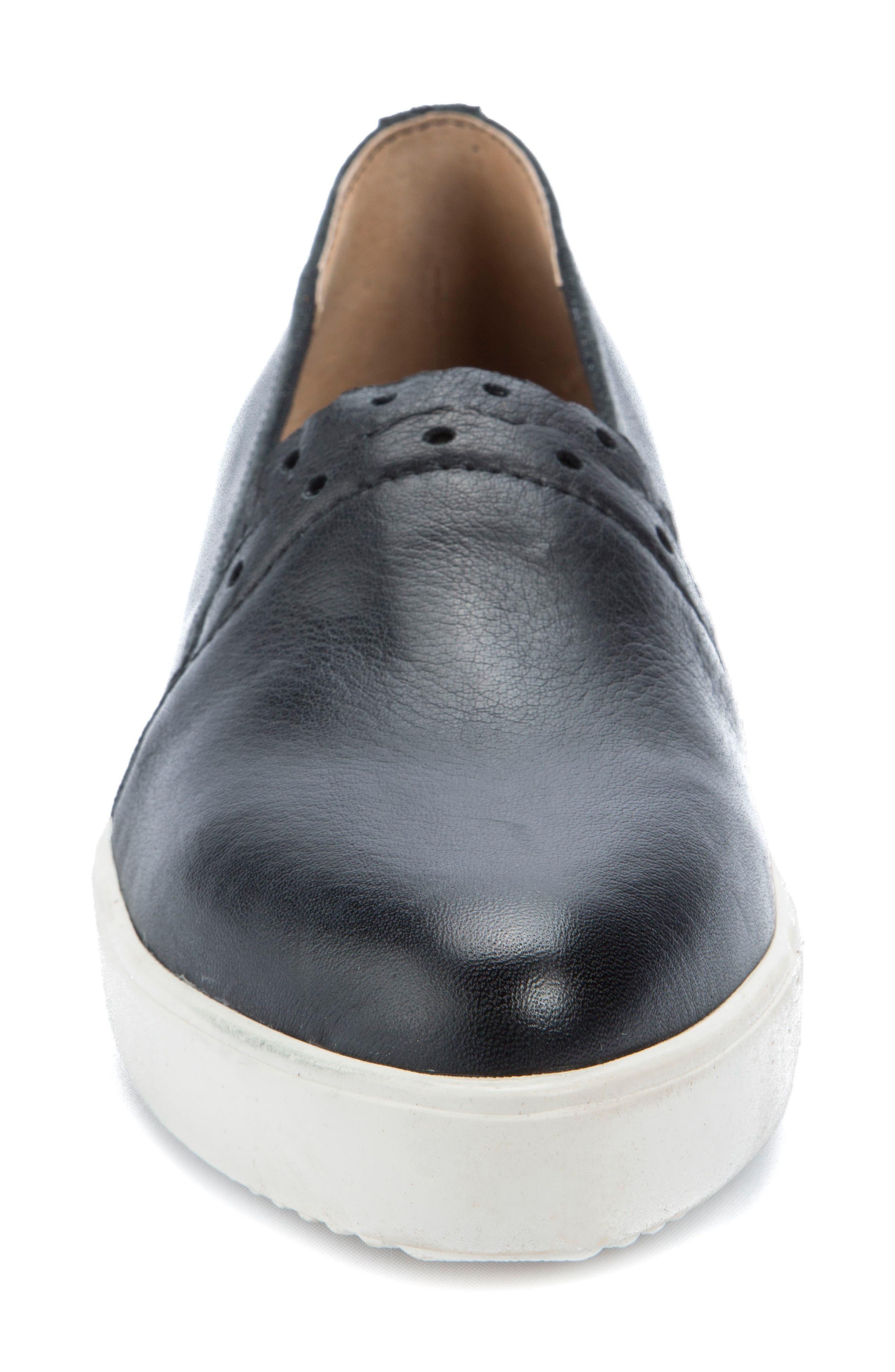 Roe Slip-On Sneaker,                             Alternate thumbnail 4, color,                             Black