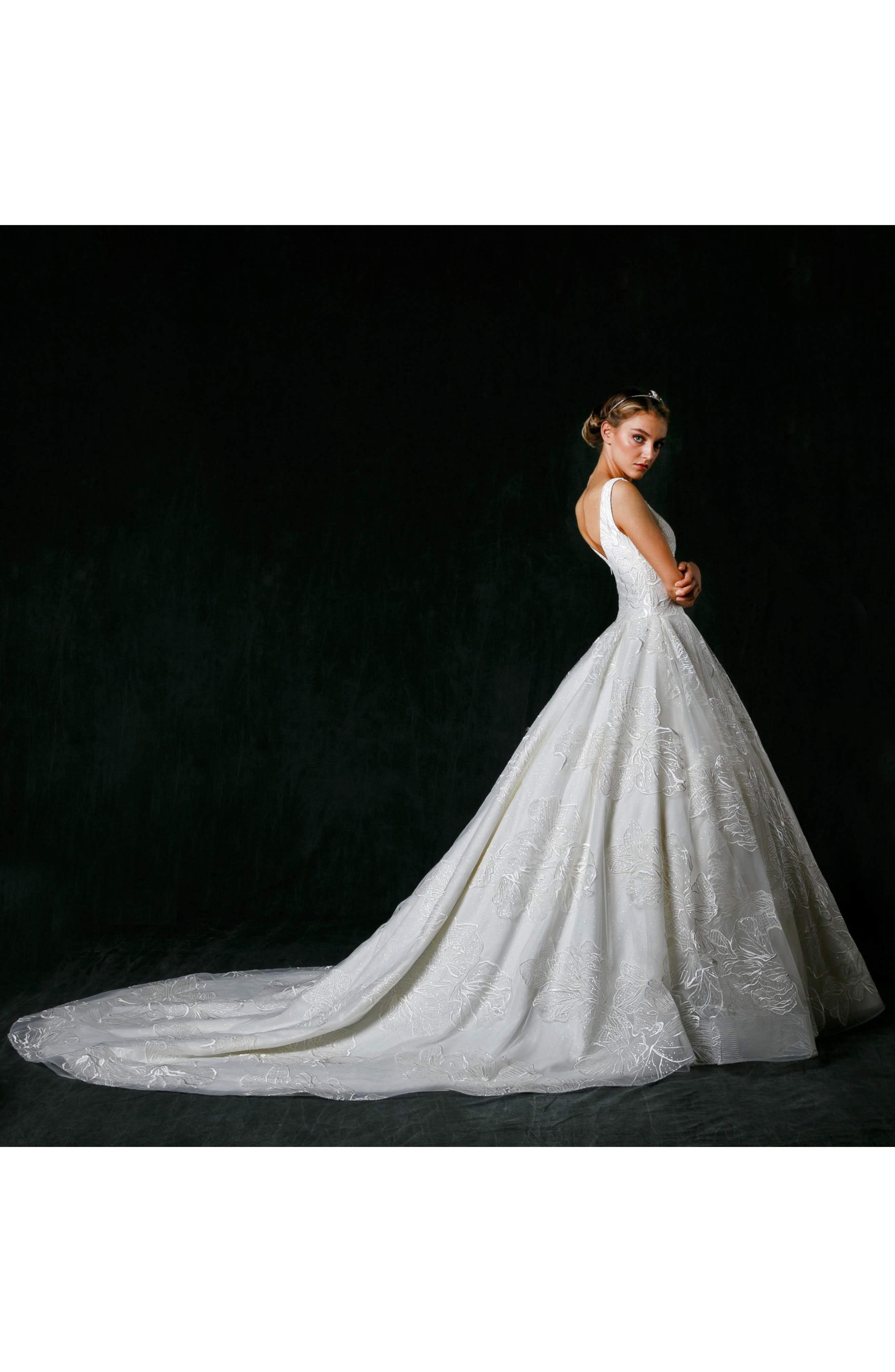 Alessandra Plunge Ballgown,                             Alternate thumbnail 3, color,                             Ivory