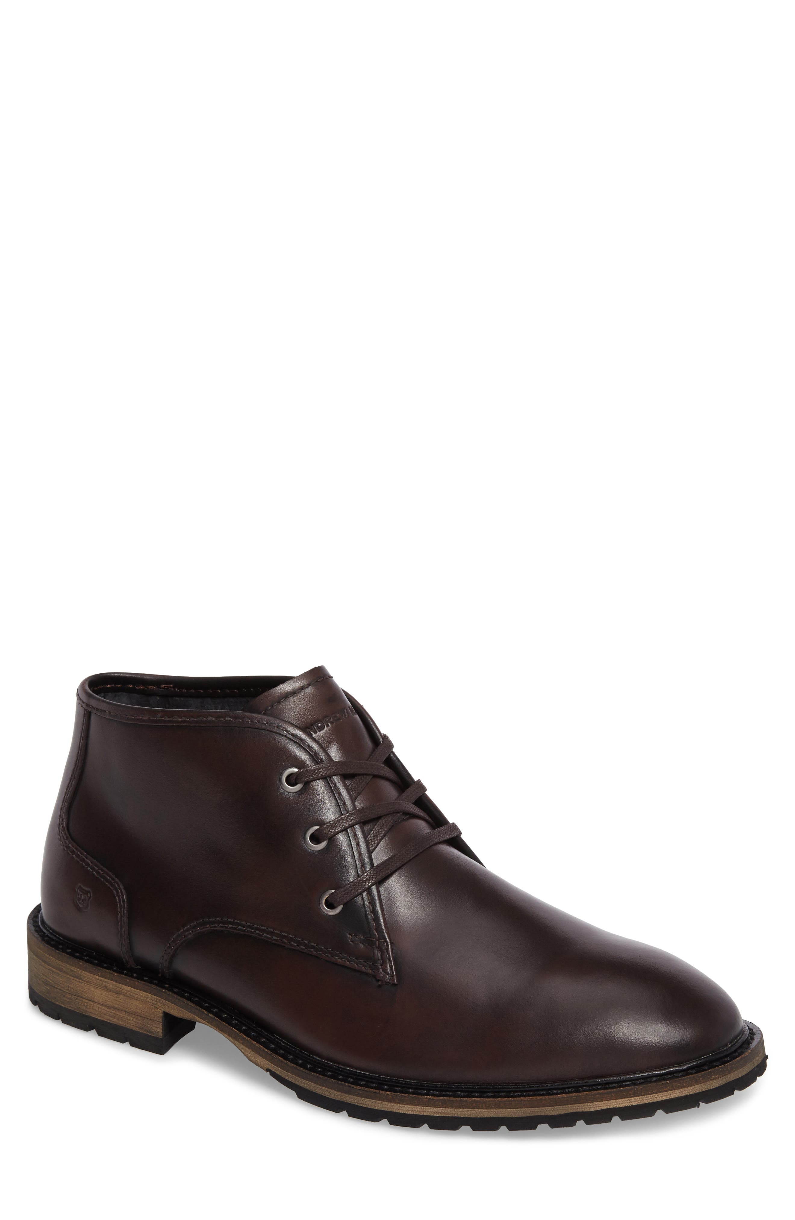 Main Image - Andrew Marc Woodside Chukka Boot (Men)