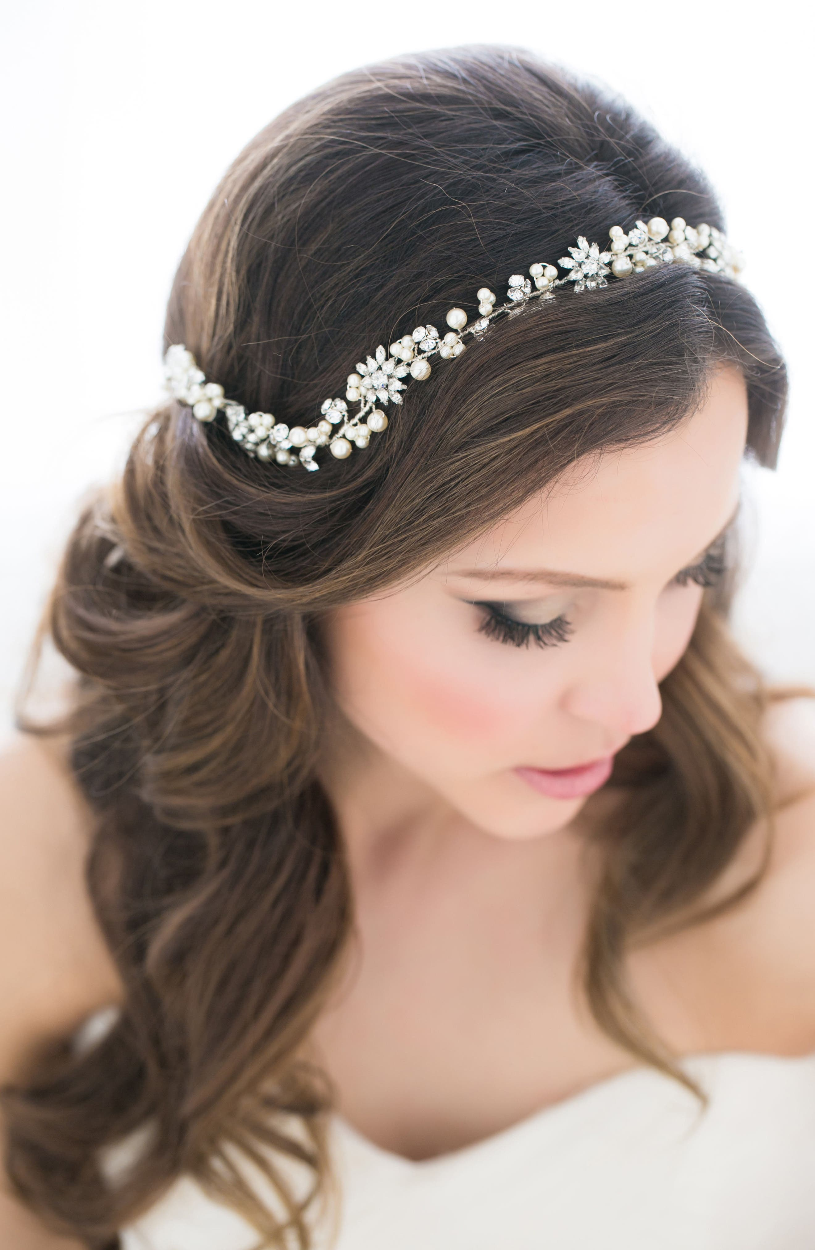 Pirouette Halo,                             Main thumbnail 1, color,                             Ivory