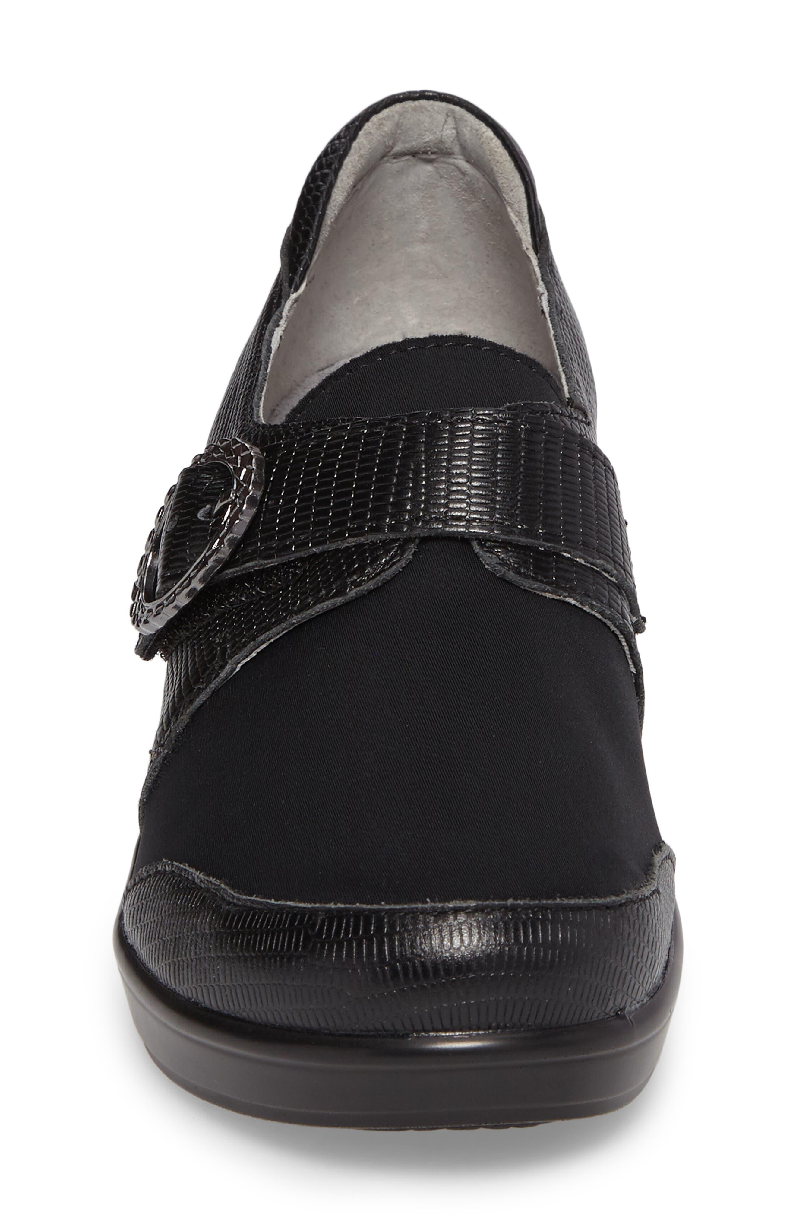 Holli Pump,                             Alternate thumbnail 4, color,                             Spiffy Black Leather