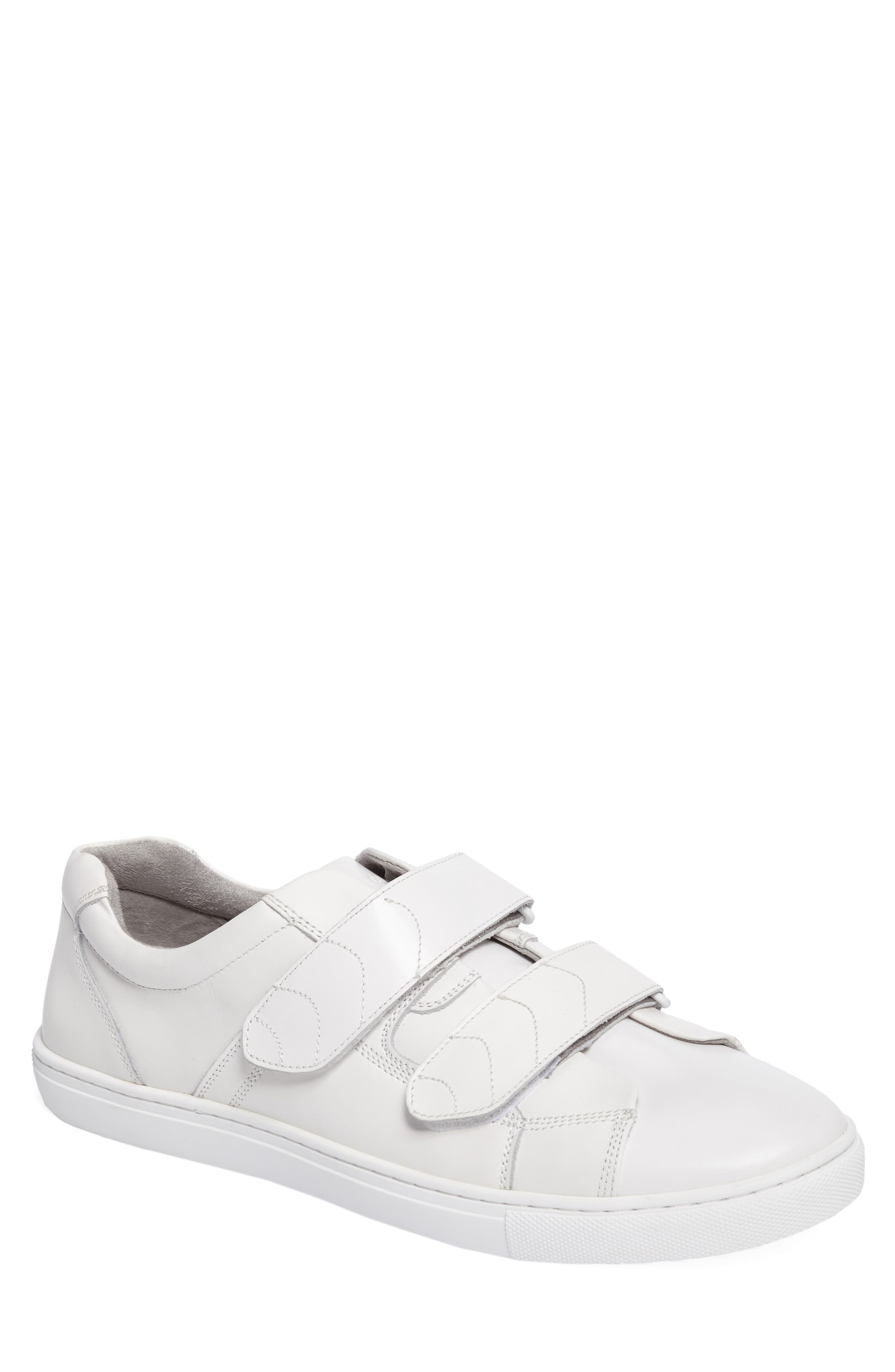 Alternate Image 1 Selected - Kenneth Cole New York Low Top Sneaker (Men)