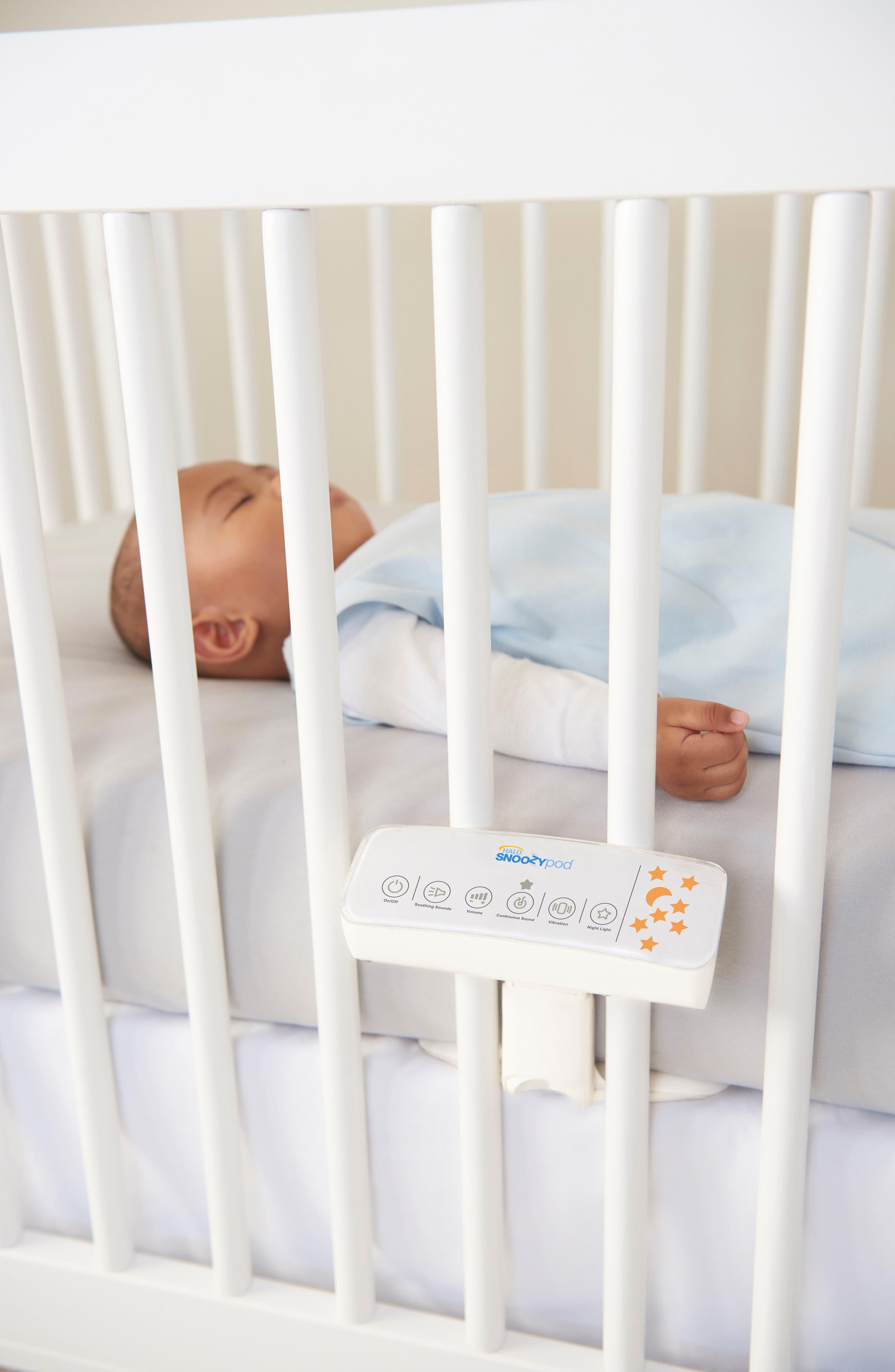 Alternate Image 6  - Halo Innovations SnoozyPod™ All-in-One Vibrating Bedtime Soother