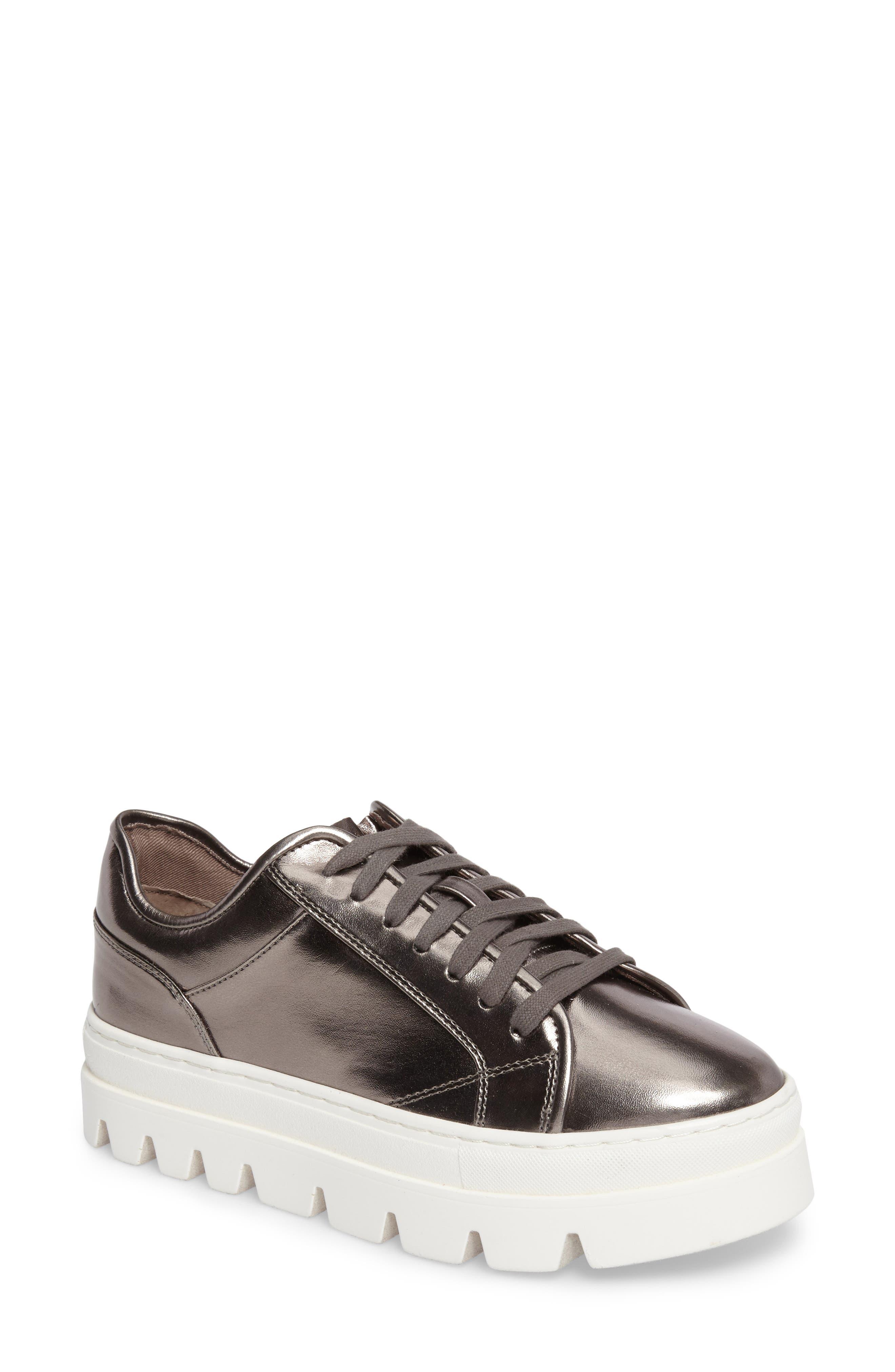 Alternate Image 1 Selected - Steve Madden Kickstart Platform Sneaker (Women)