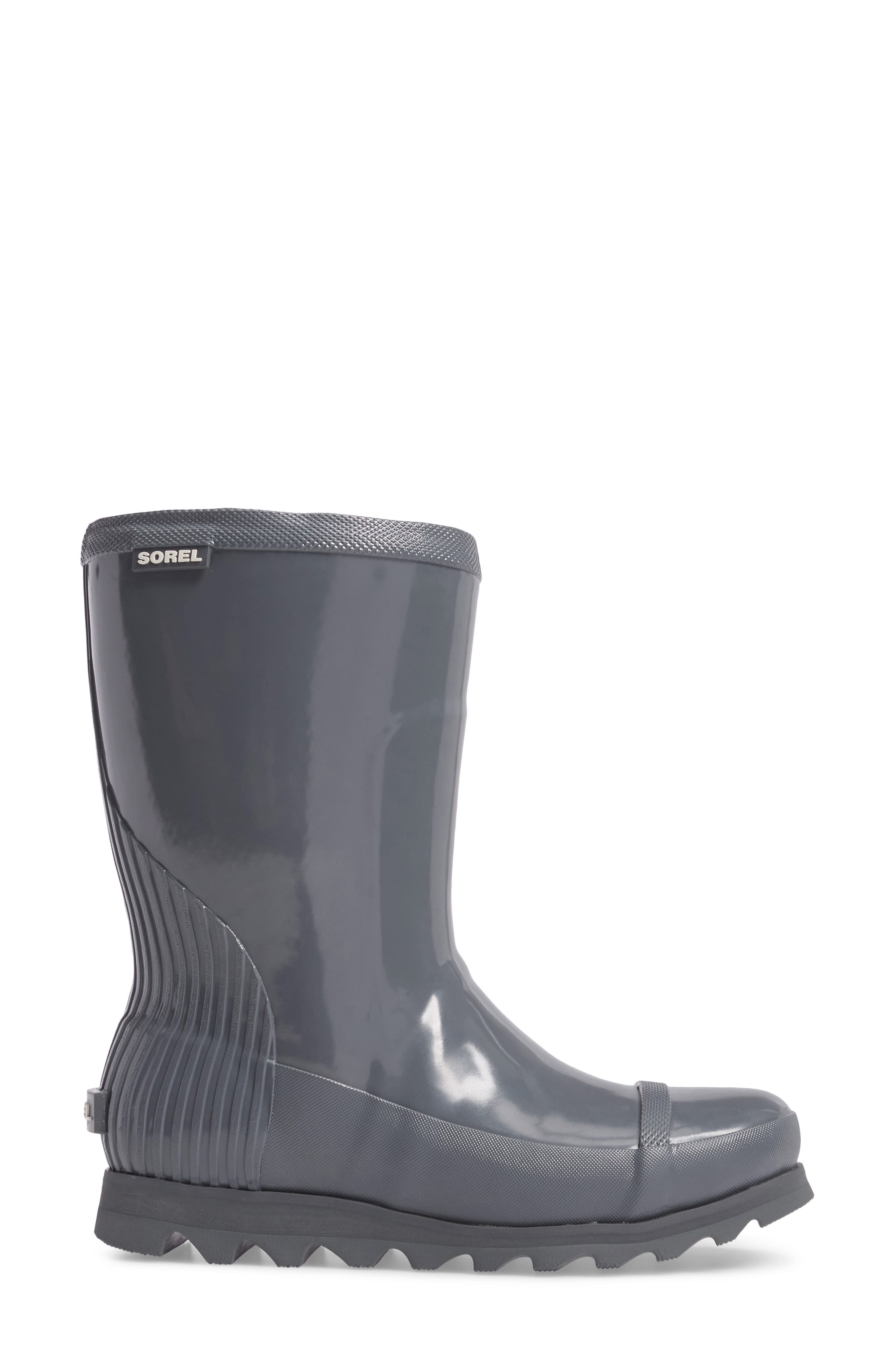 Alternate Image 3  - SOREL Joan Glossy Short Rain Boot (Women)