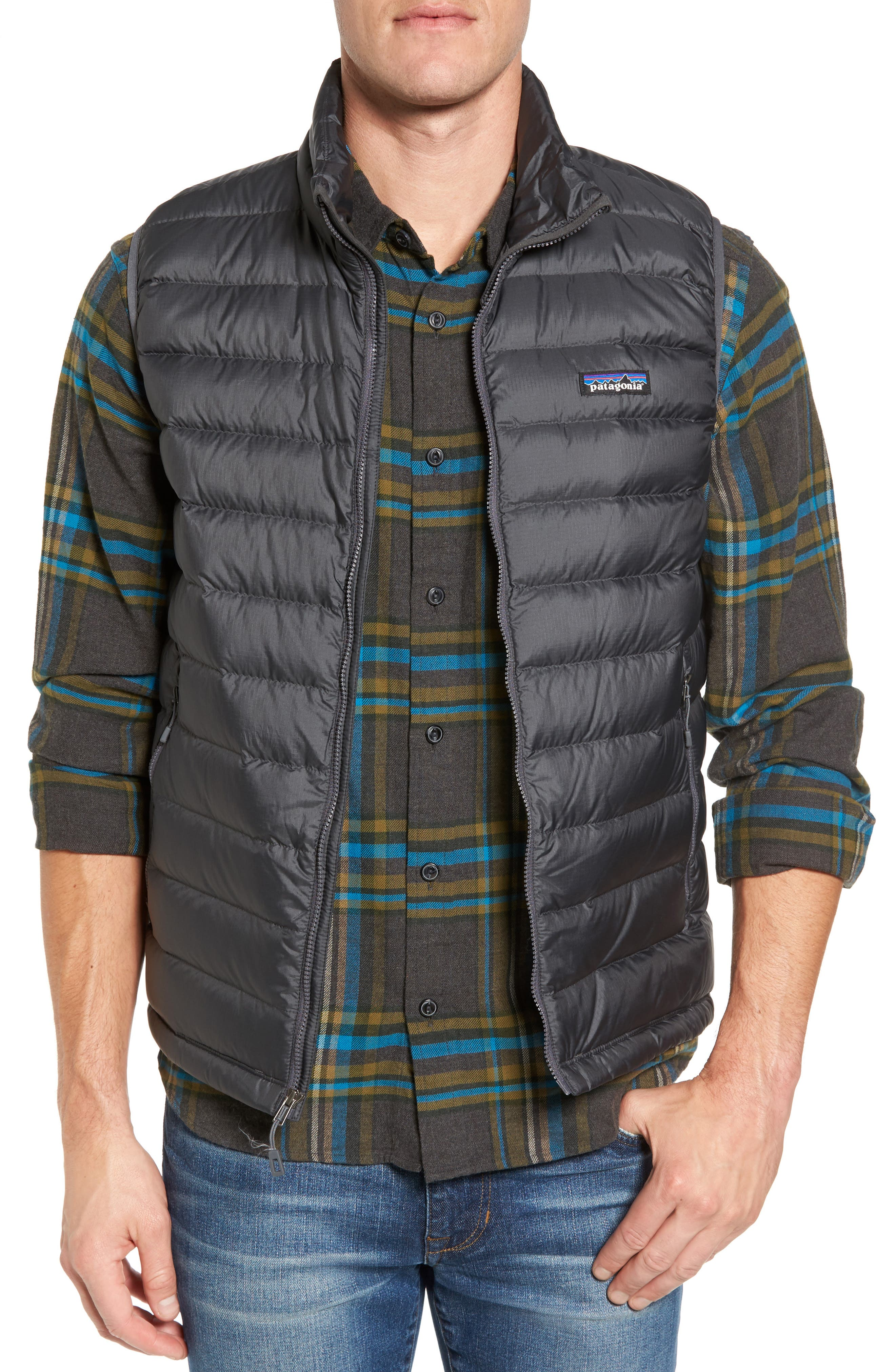 Windproof & Water Resistant 800 Fill Power Down Quilted Vest,                         Main,                         color, Forge Grey W/ Forge Grey