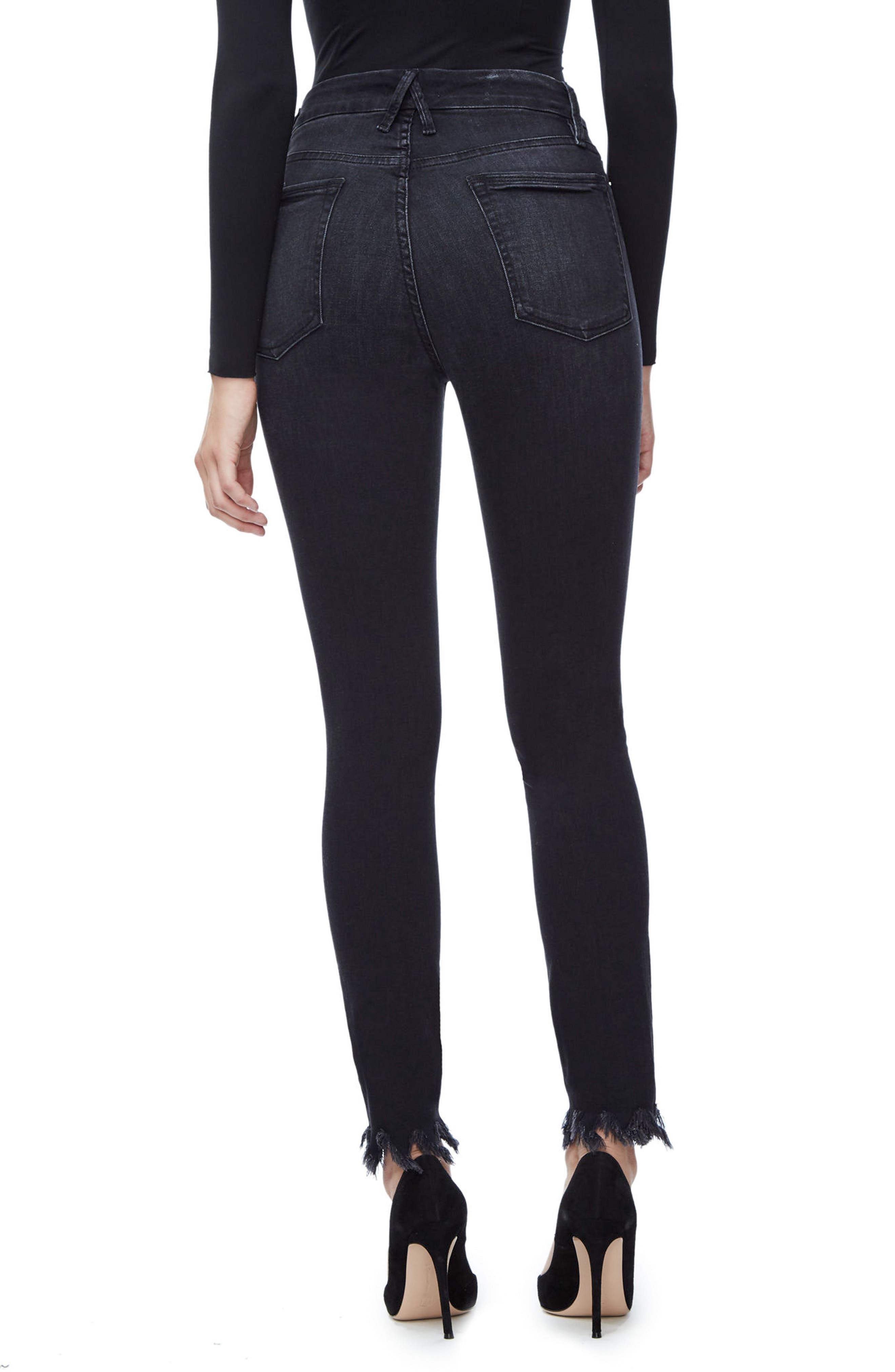 Alternate Image 2  - Good American Good Waist Fray Hem Skinny Jeans (Black 012) (Extended Sizes)