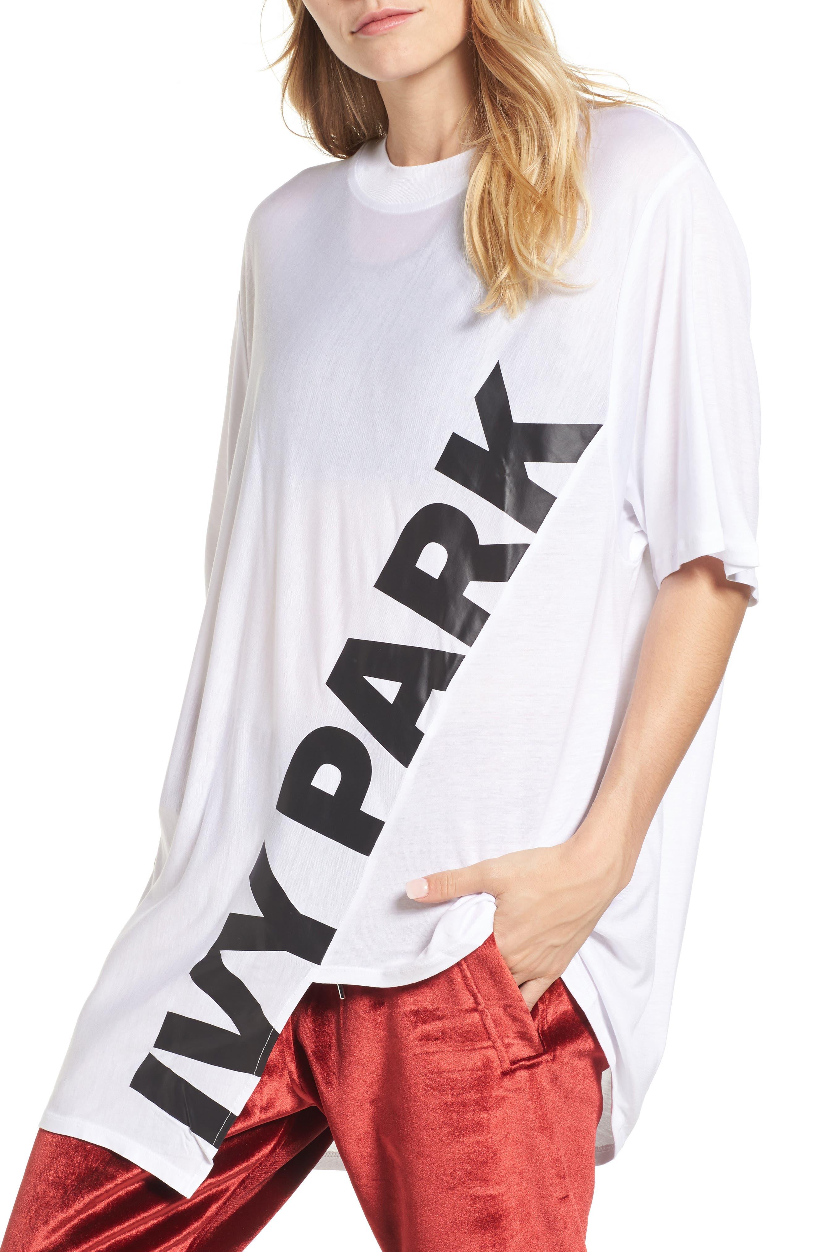 IVY PARK® Asymmetrical Logo Tee
