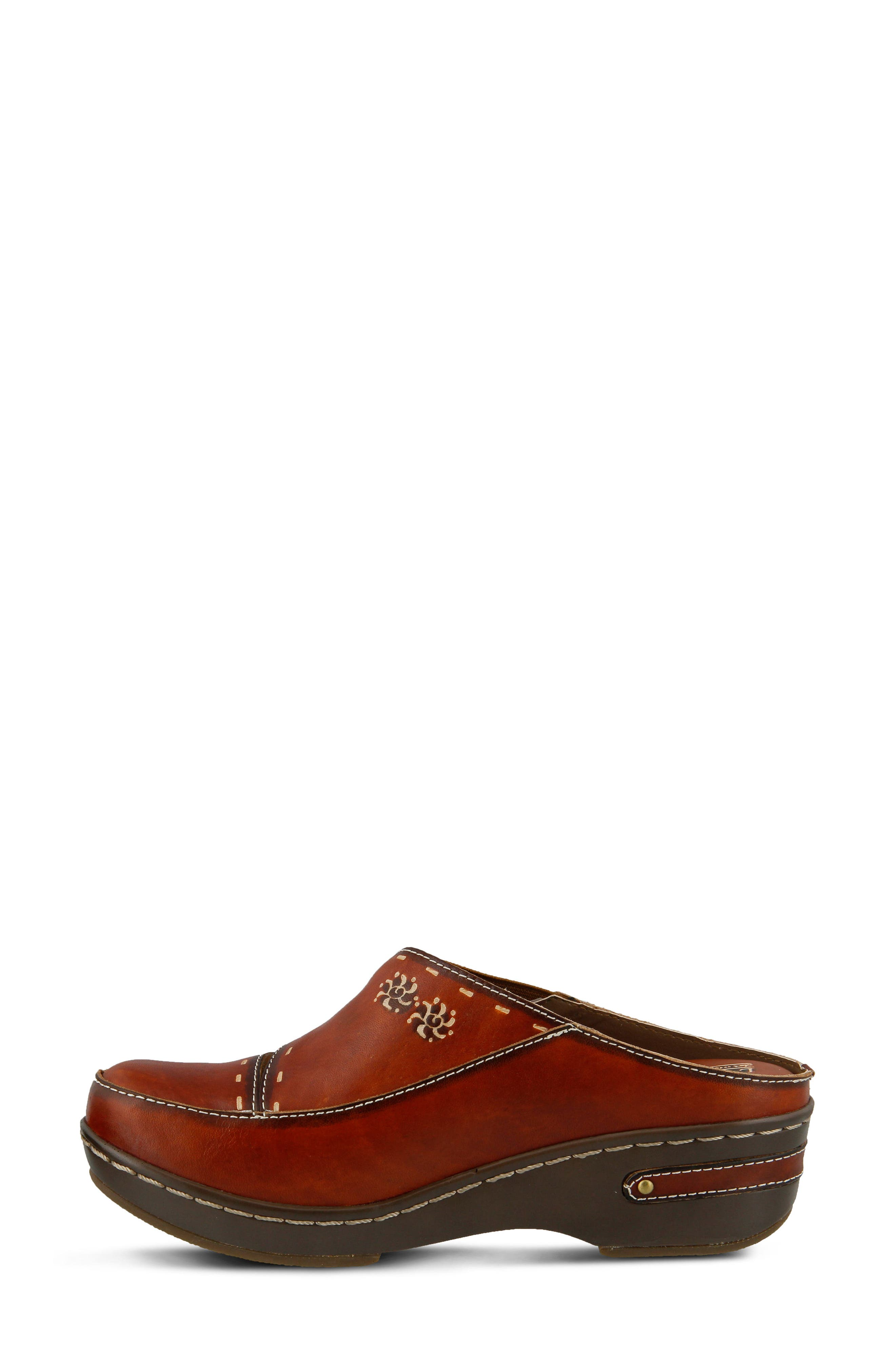 L'Artiste Chino Clog,                             Alternate thumbnail 4, color,                             Camel Leather