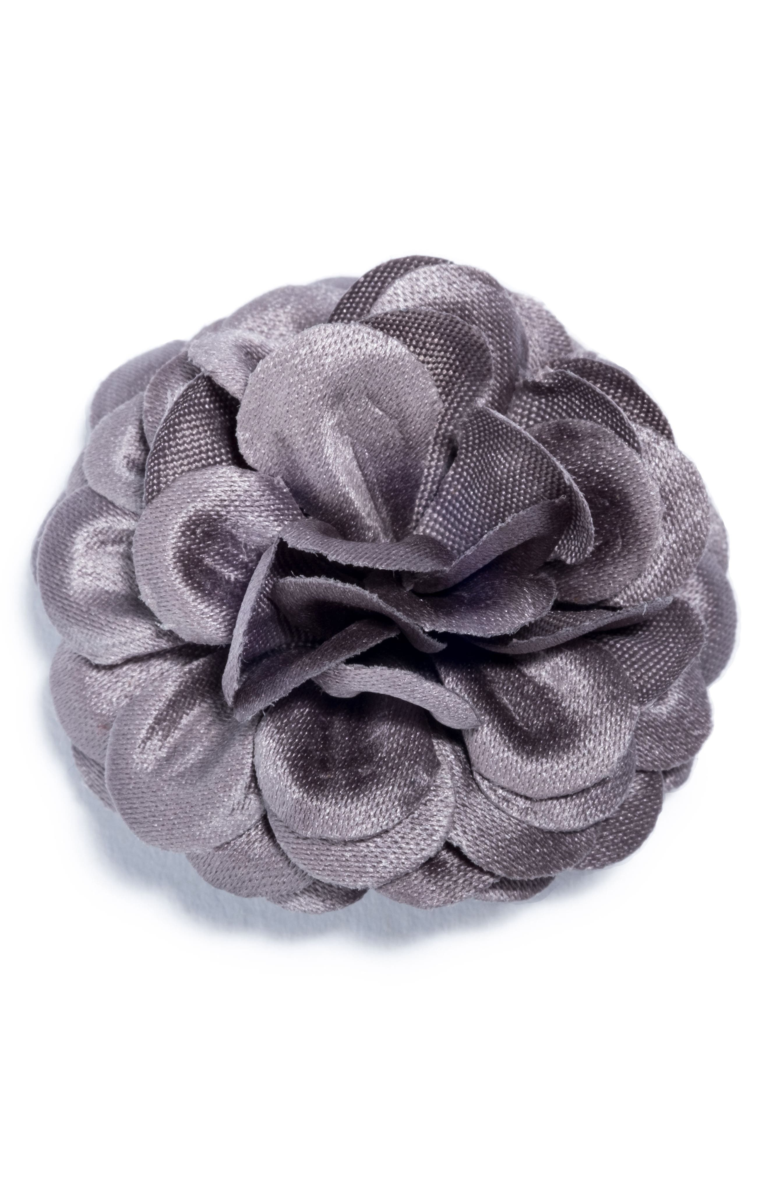 hook + ALBERT Large Lapel Flower