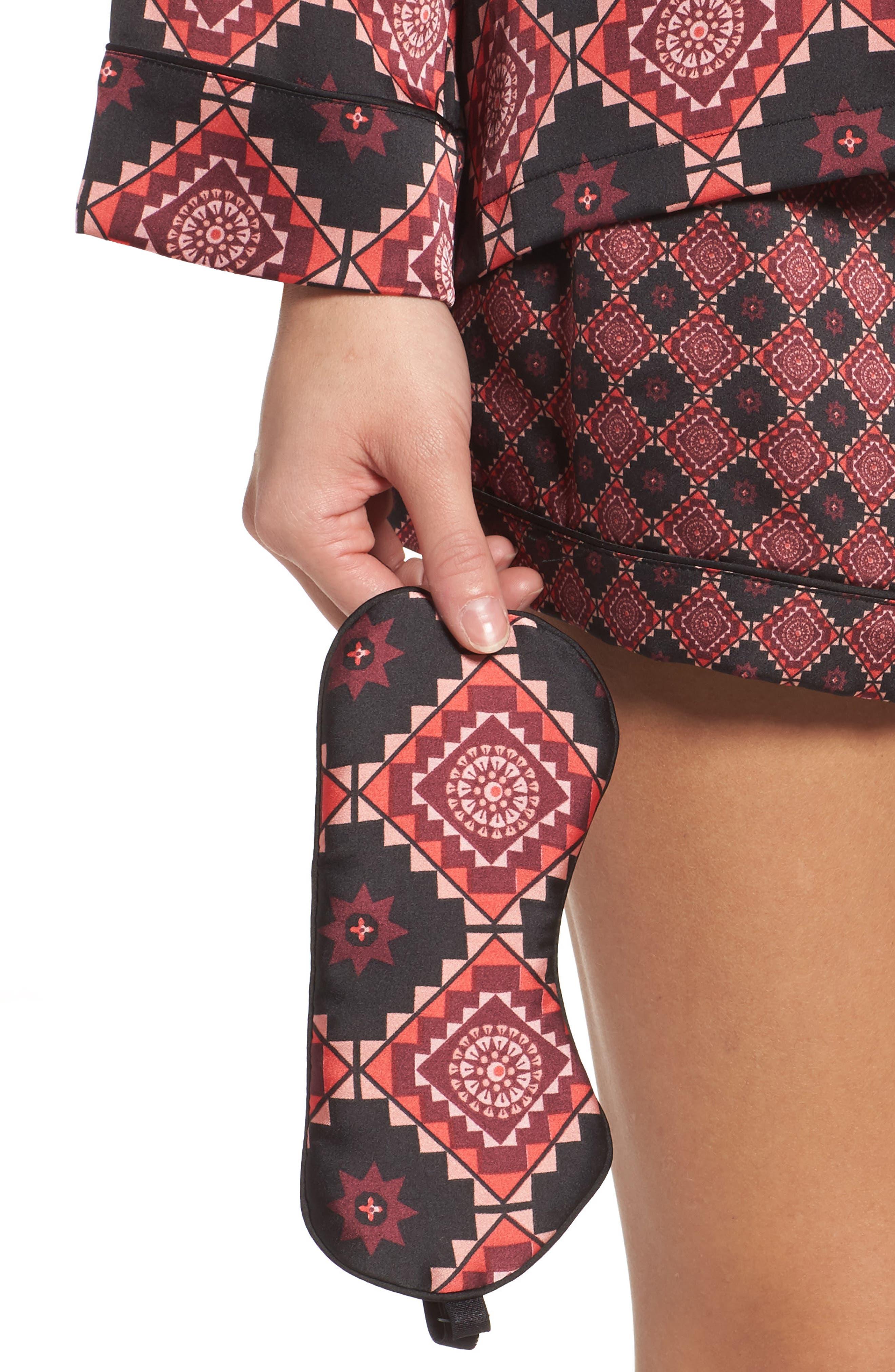 Short Pajamas & Eye Mask Set,                             Alternate thumbnail 4, color,                             Large Windsor Wine Aztec
