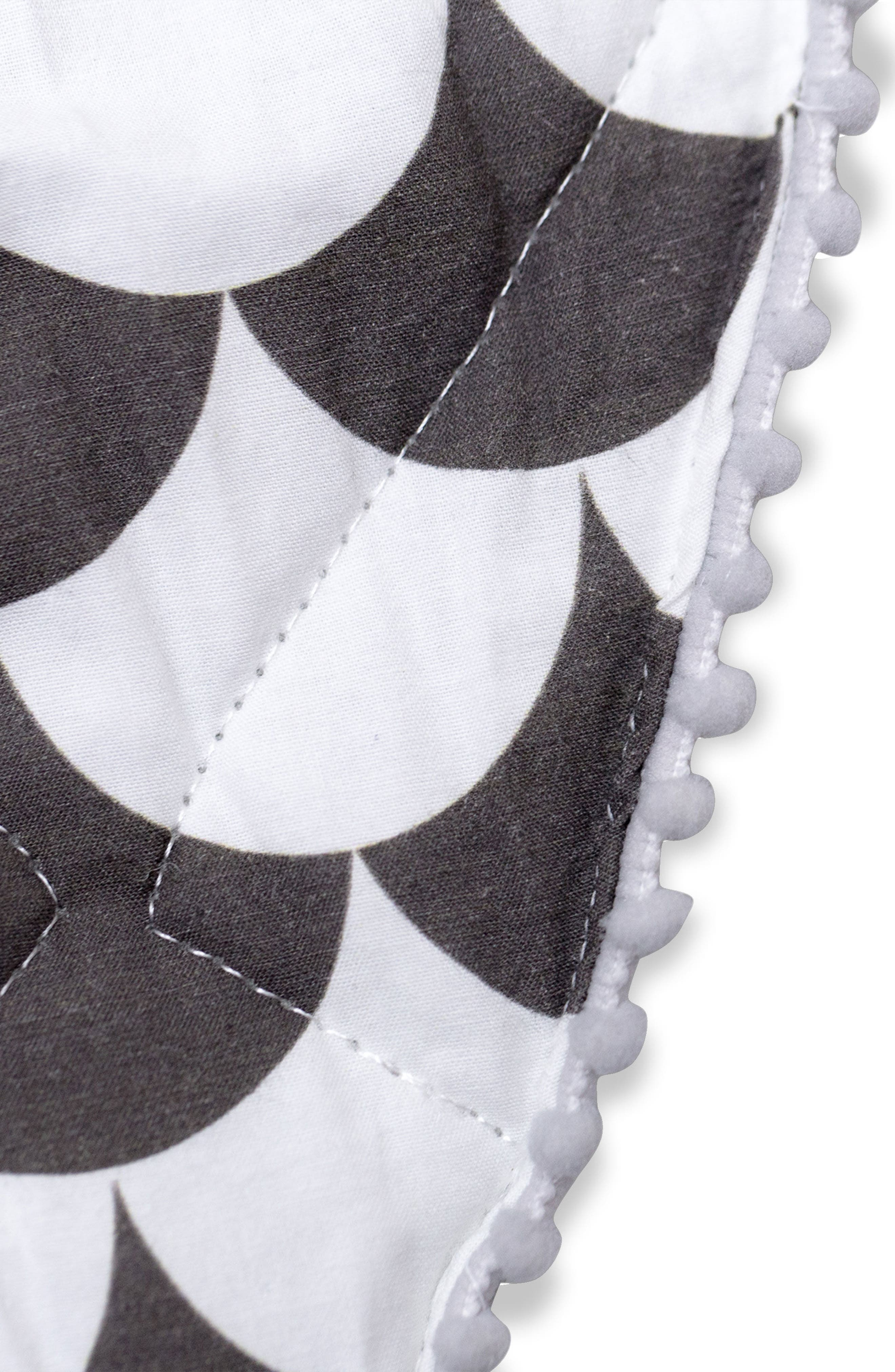 Kayden Play Mat,                             Alternate thumbnail 4, color,                             Black Scallop
