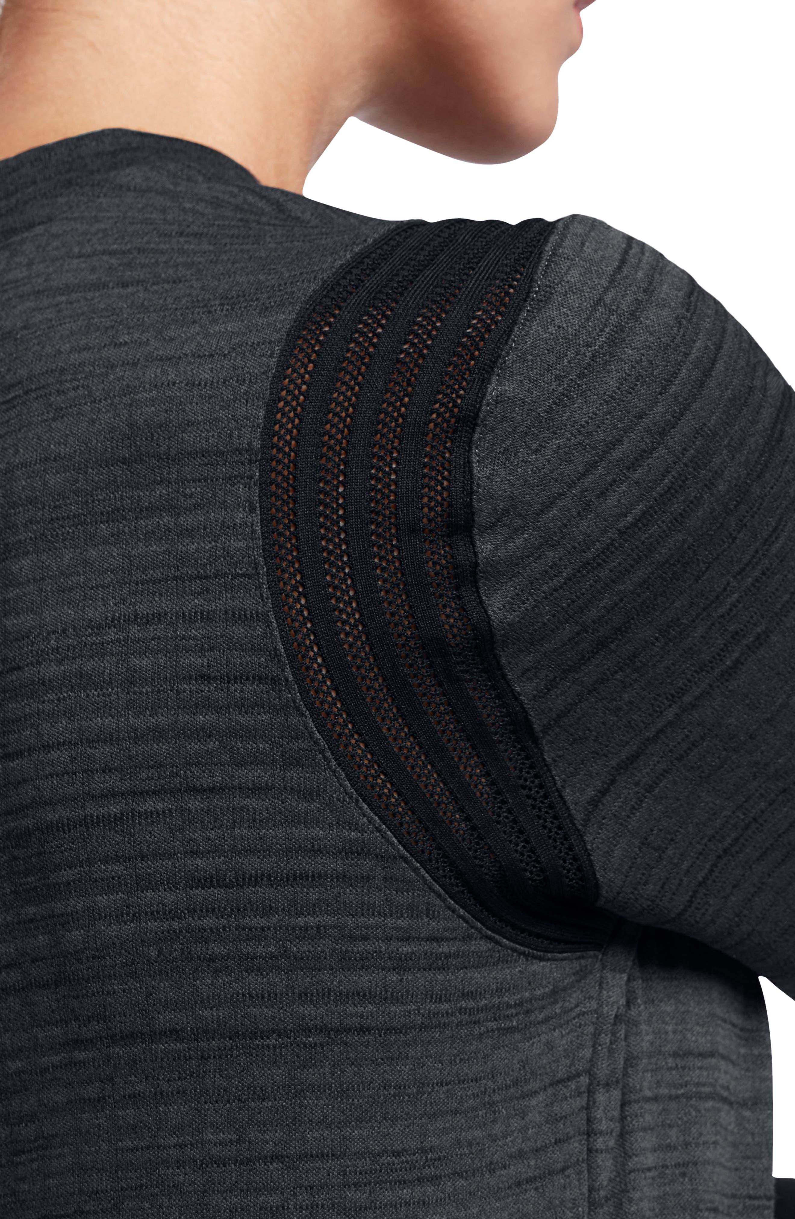 Alternate Image 4  - Nike Therma Sphere Long Sleeve Top