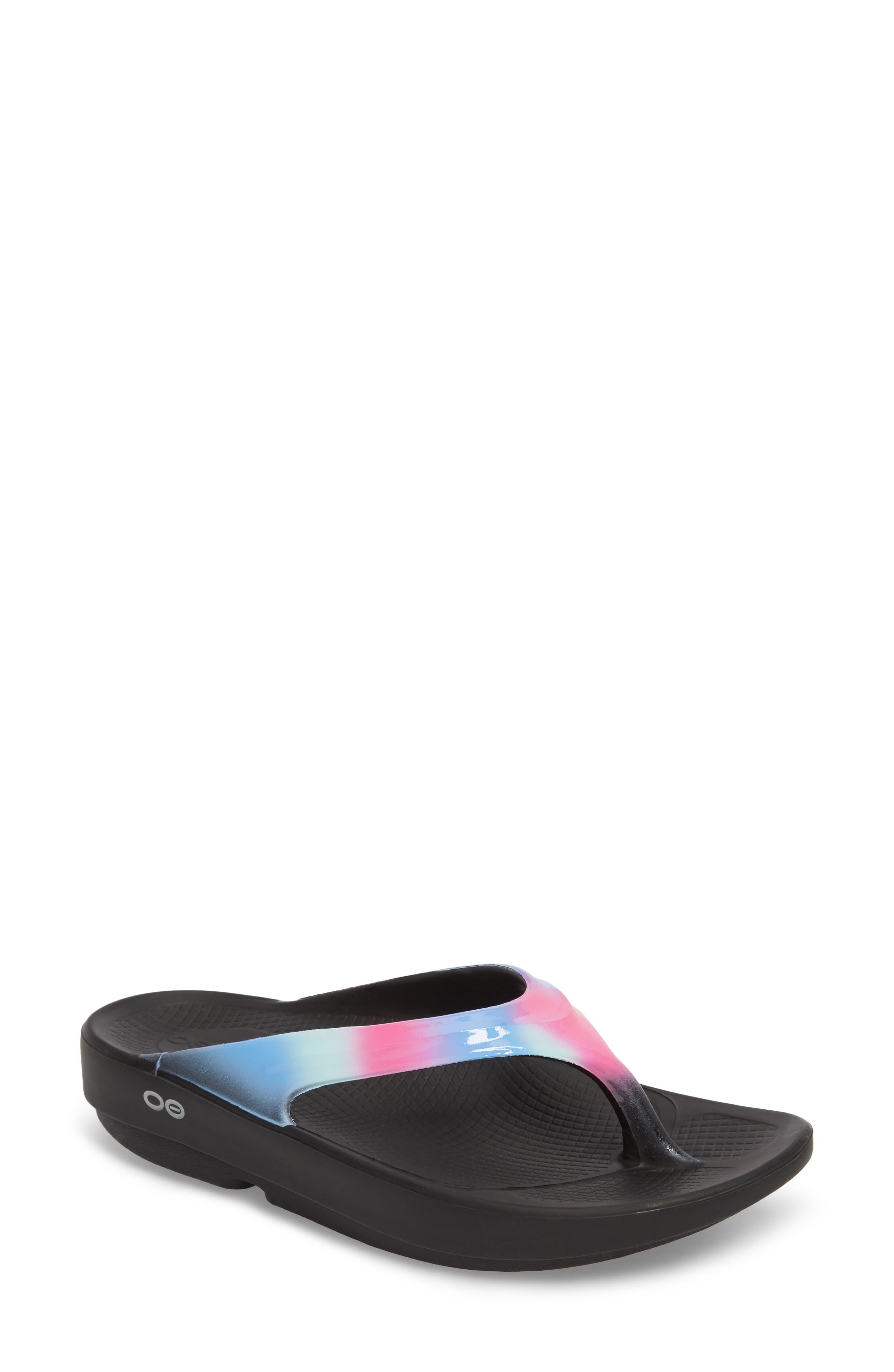 Oofos OOlala Luxe Sandal (Women)