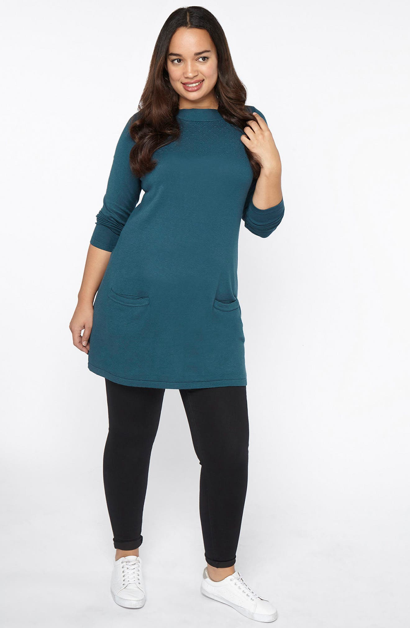 Alternate Image 2  - Evans Front Pocket Textured Tunic Sweater (Plus Size)