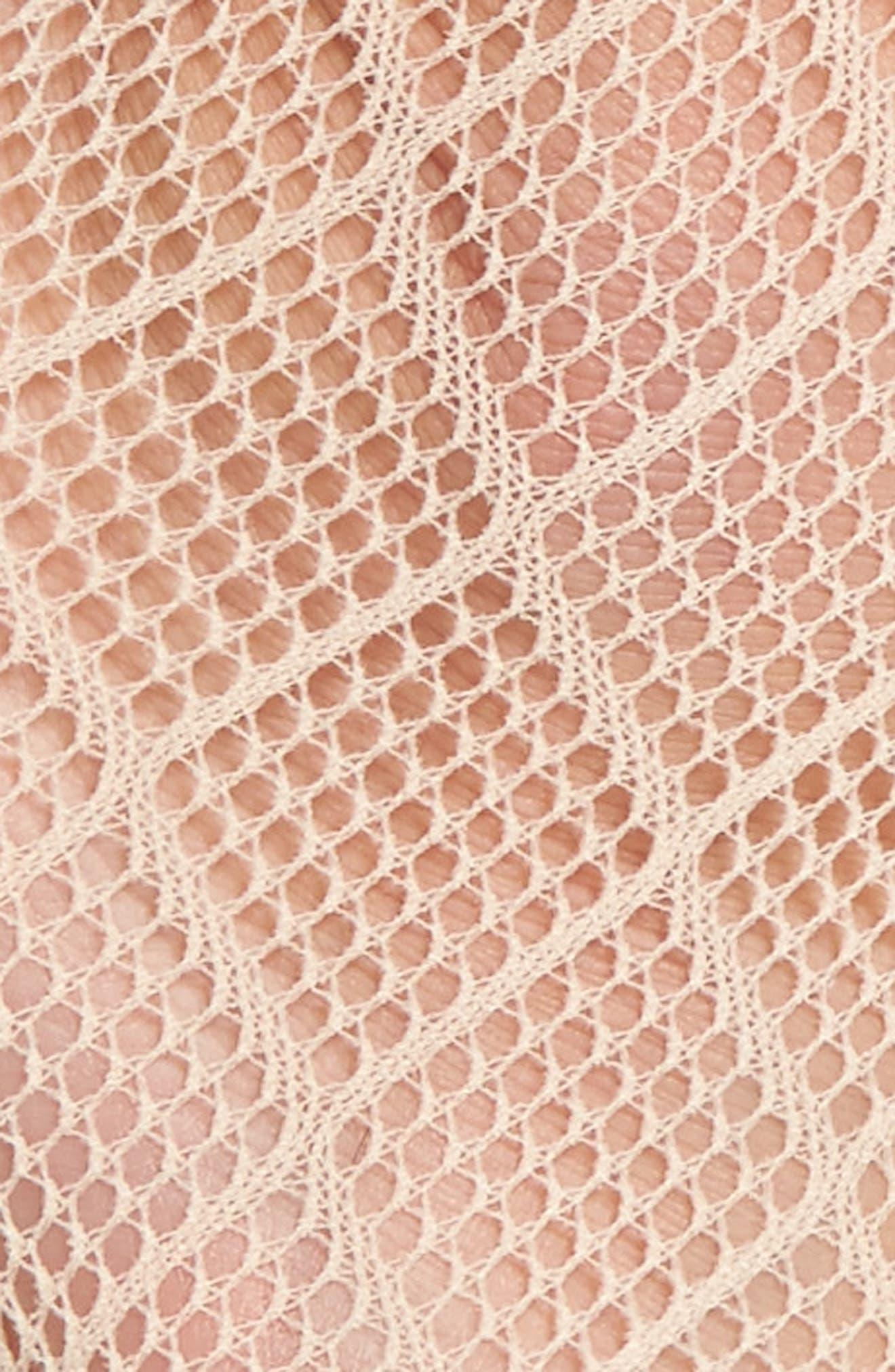 Alternate Image 2  - Nordstrom Diamond Fishnet Ankle Socks