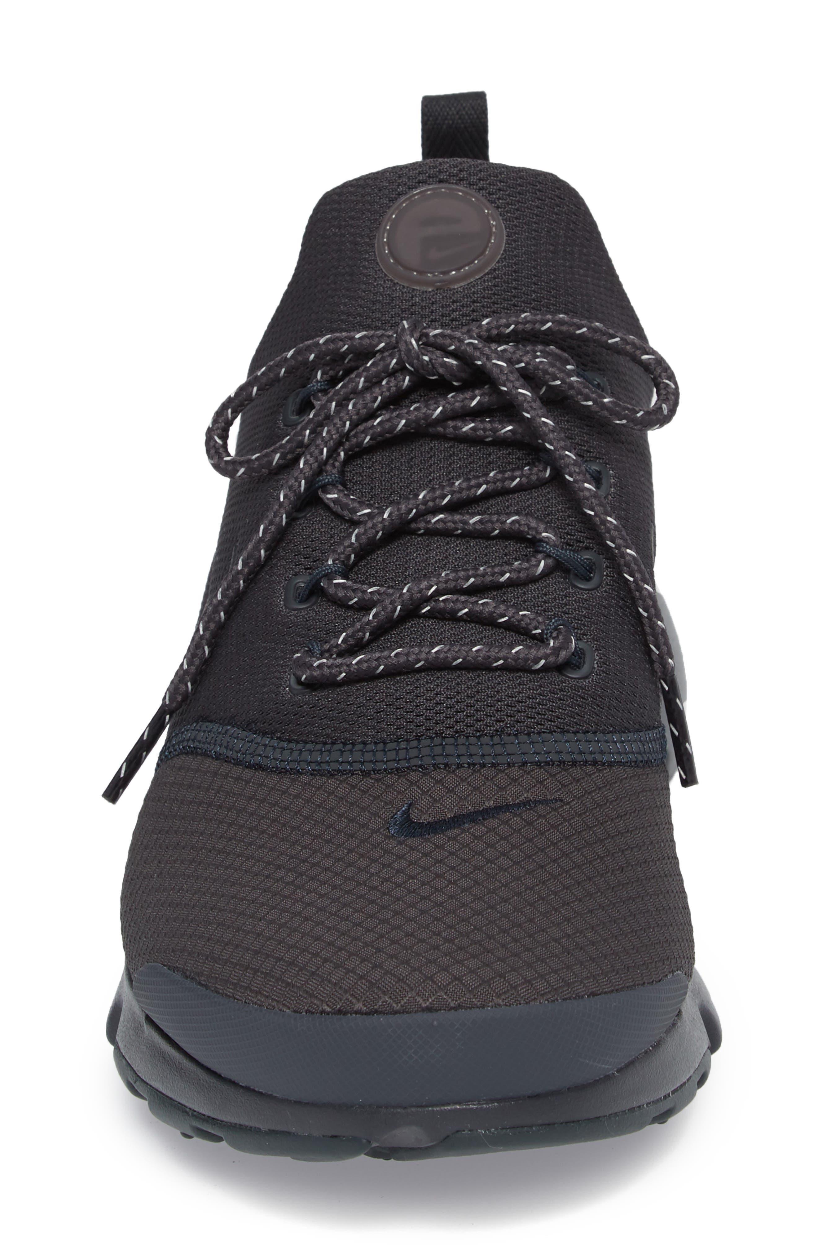 Alternate Image 4  - Nike Presto Fly SE Sneaker (Men)