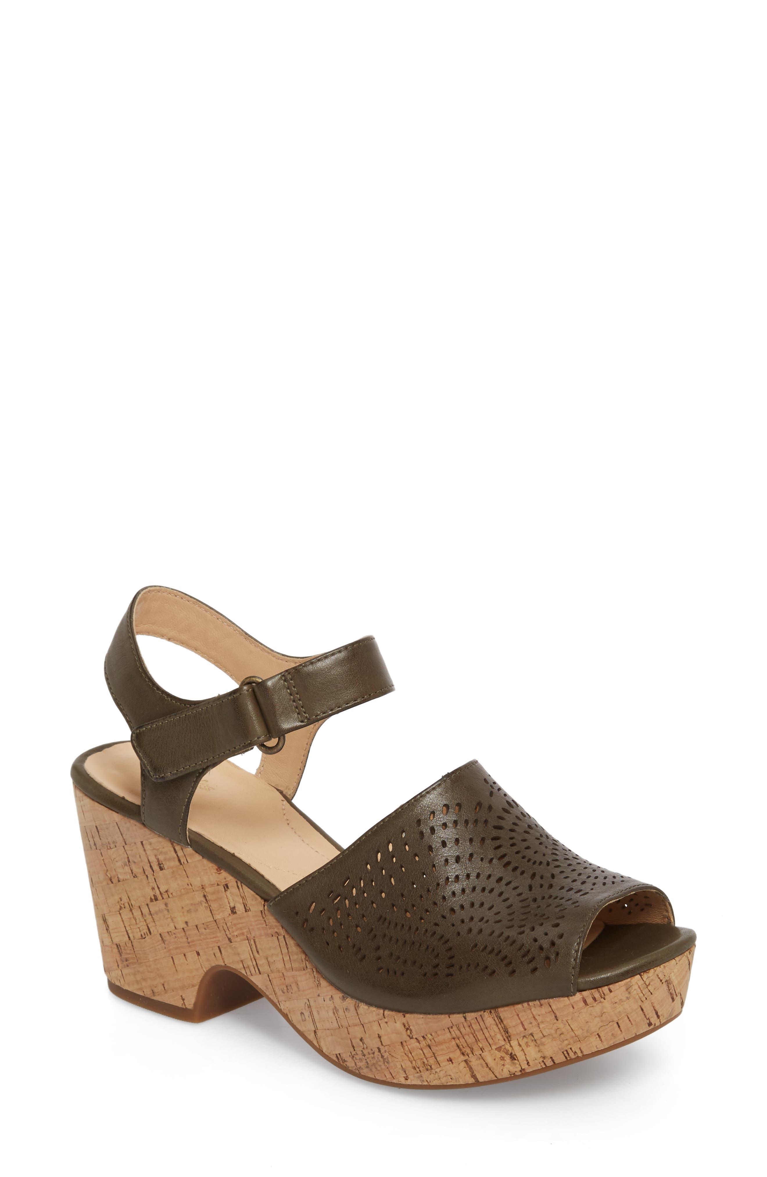 Clarks® Maritsa Nila Platform Sandal (Women)