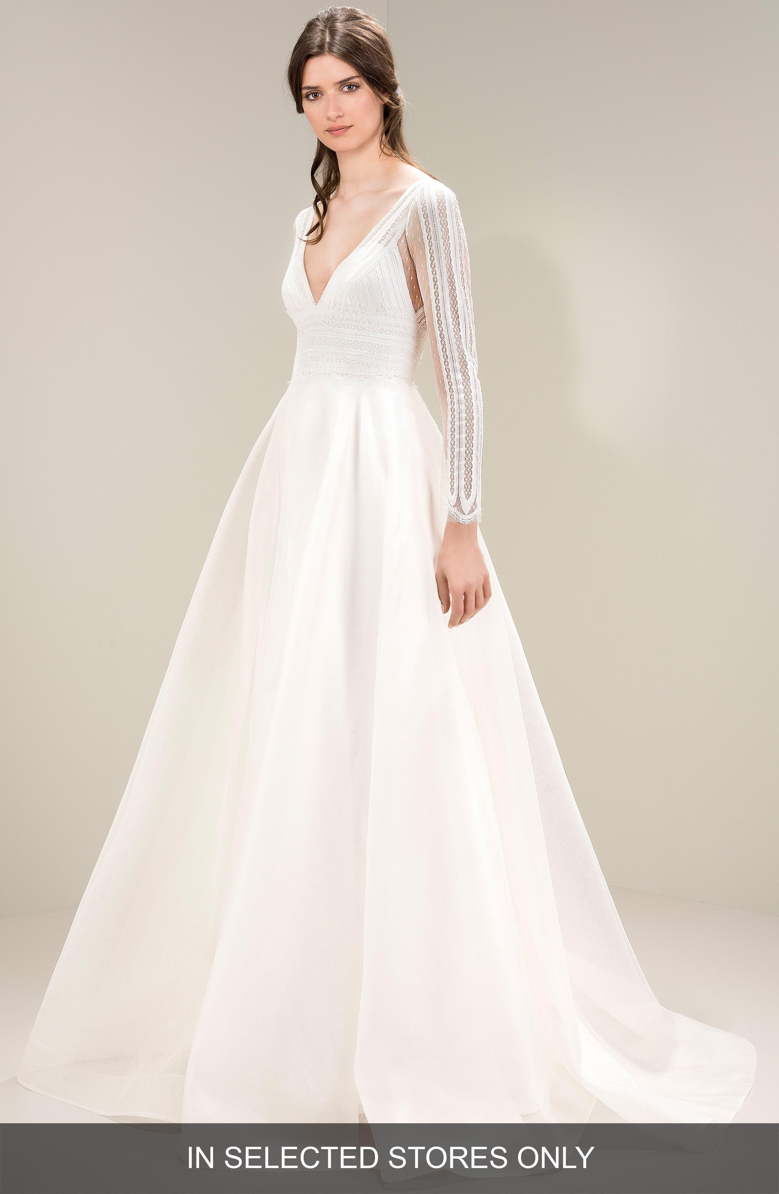 Main Image - Jesús Peiró Chantilly Lace Gown