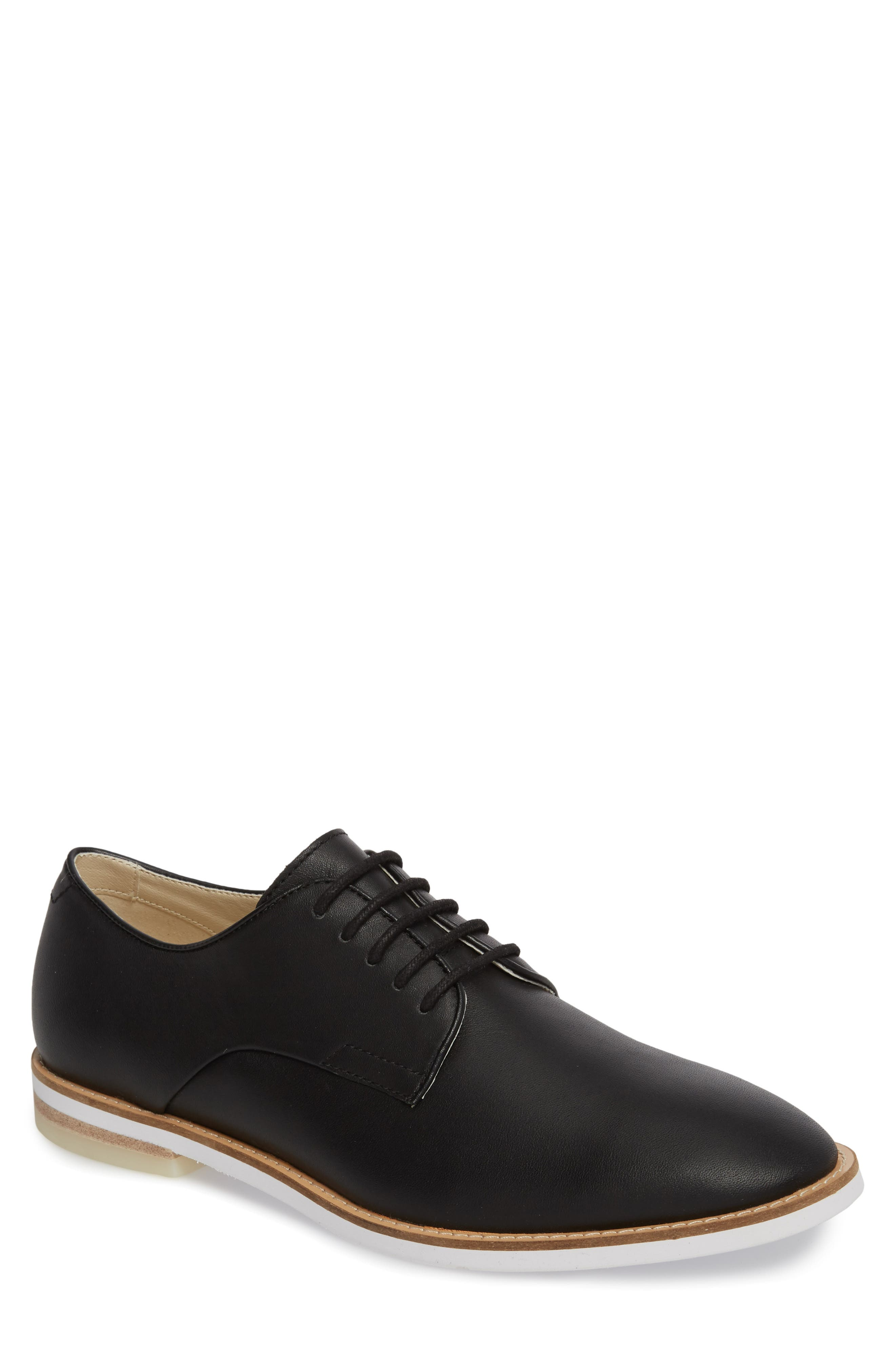 Calvin Klein 'Aggussie' Plain Toe Oxford