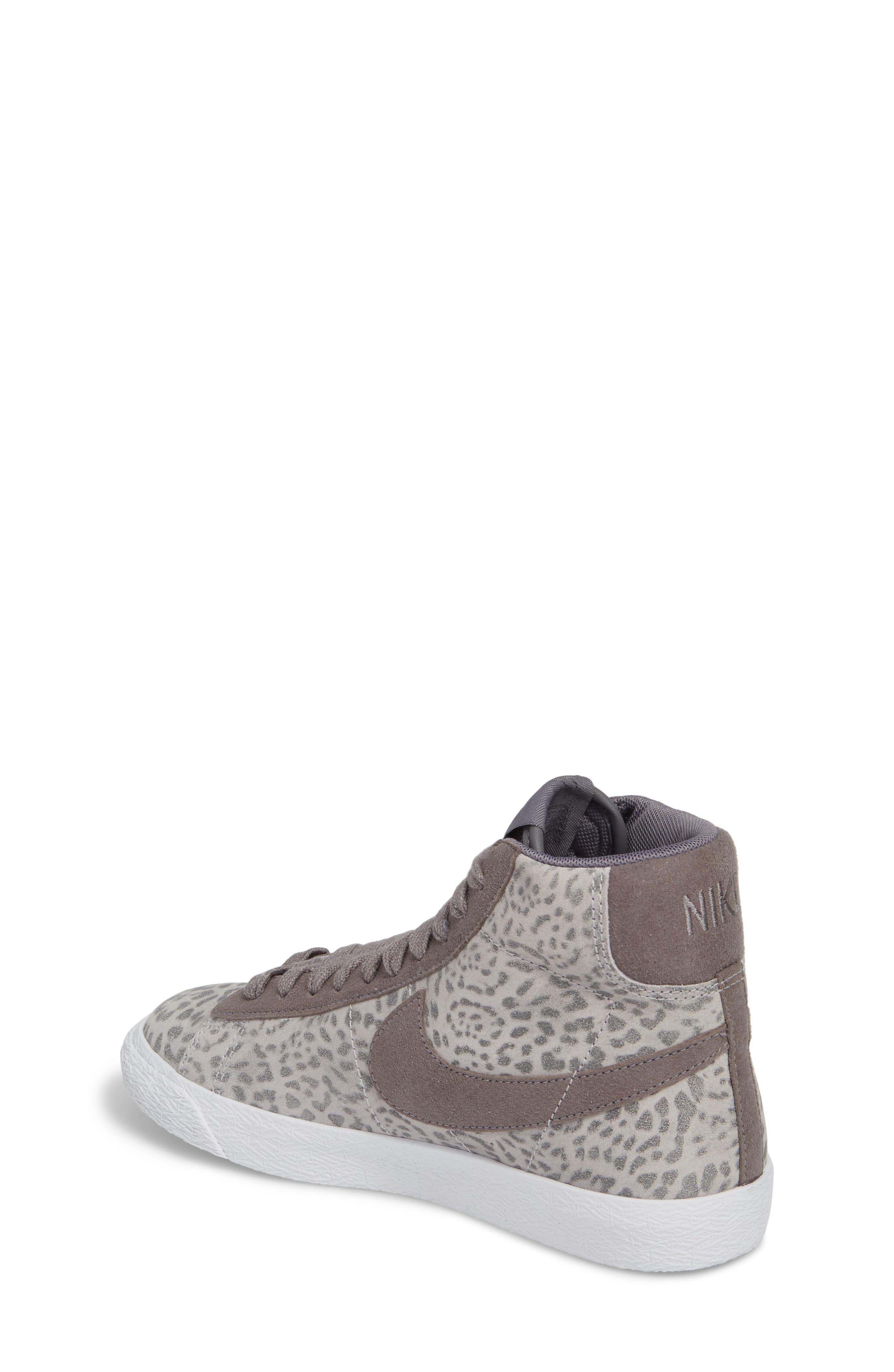 Blazer Mid SE High Top Sneaker,                             Alternate thumbnail 2, color,                             Atmosphere Grey/ Smoke/ Gum