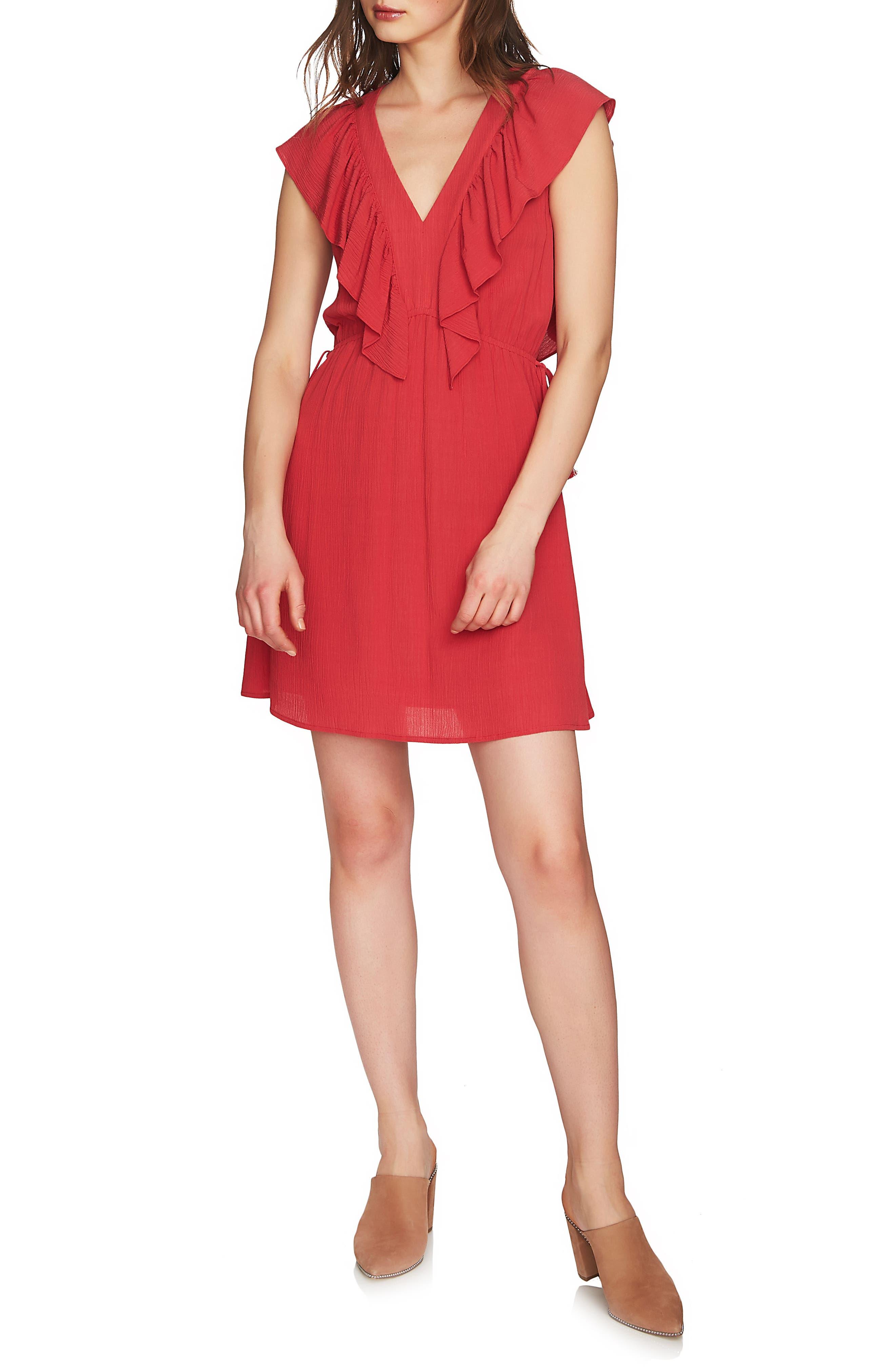 1.STATE V-Neck Ruffle Edge Dress