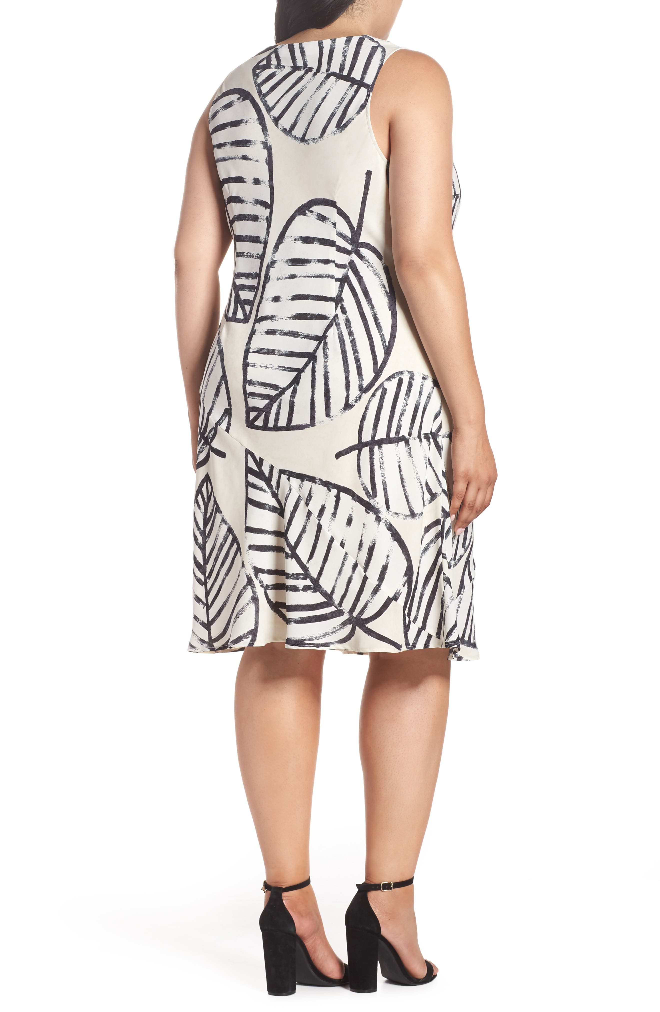 Alternate Image 2  - NIC+ZOE Etched Leaves Tie Dress (Plus Size)