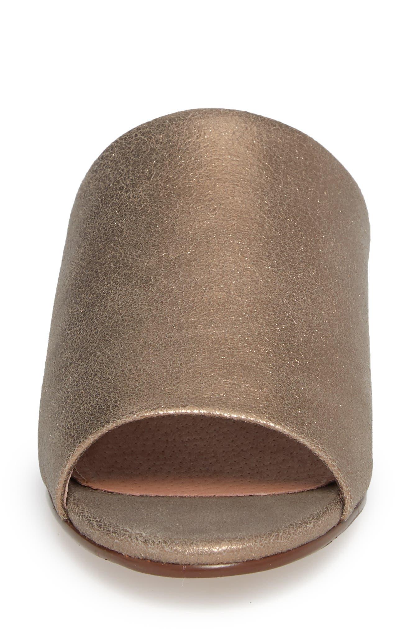 Alternate Image 4  - Caslon® Kiana Slide Sandal (Women)