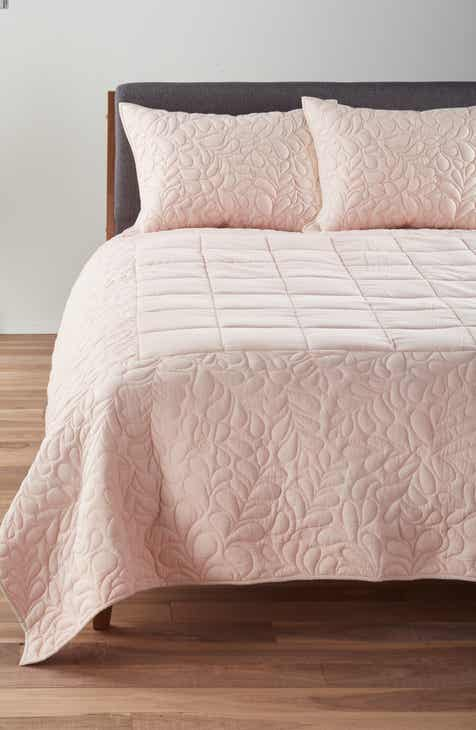 Nordstrom At Home Rowan Quilted Comforter