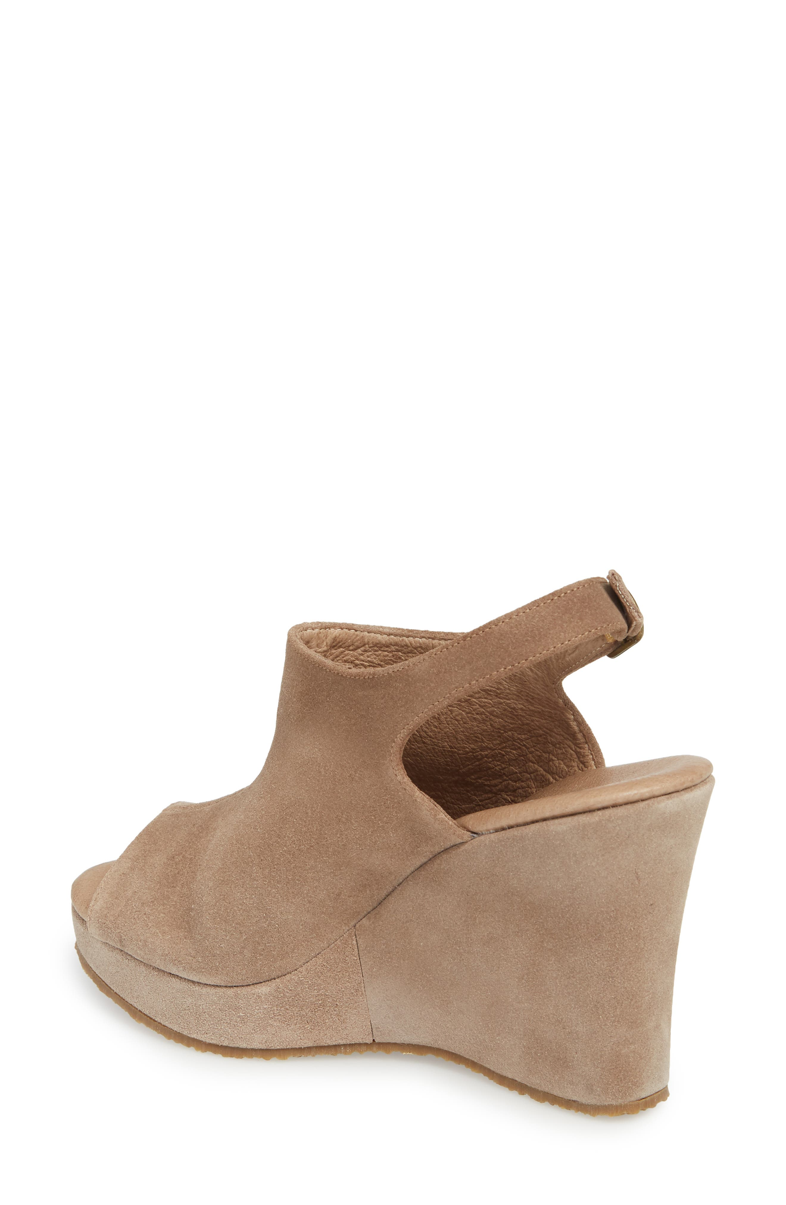 'Wellesley' Sandal,                             Alternate thumbnail 2, color,                             Taupe Suede
