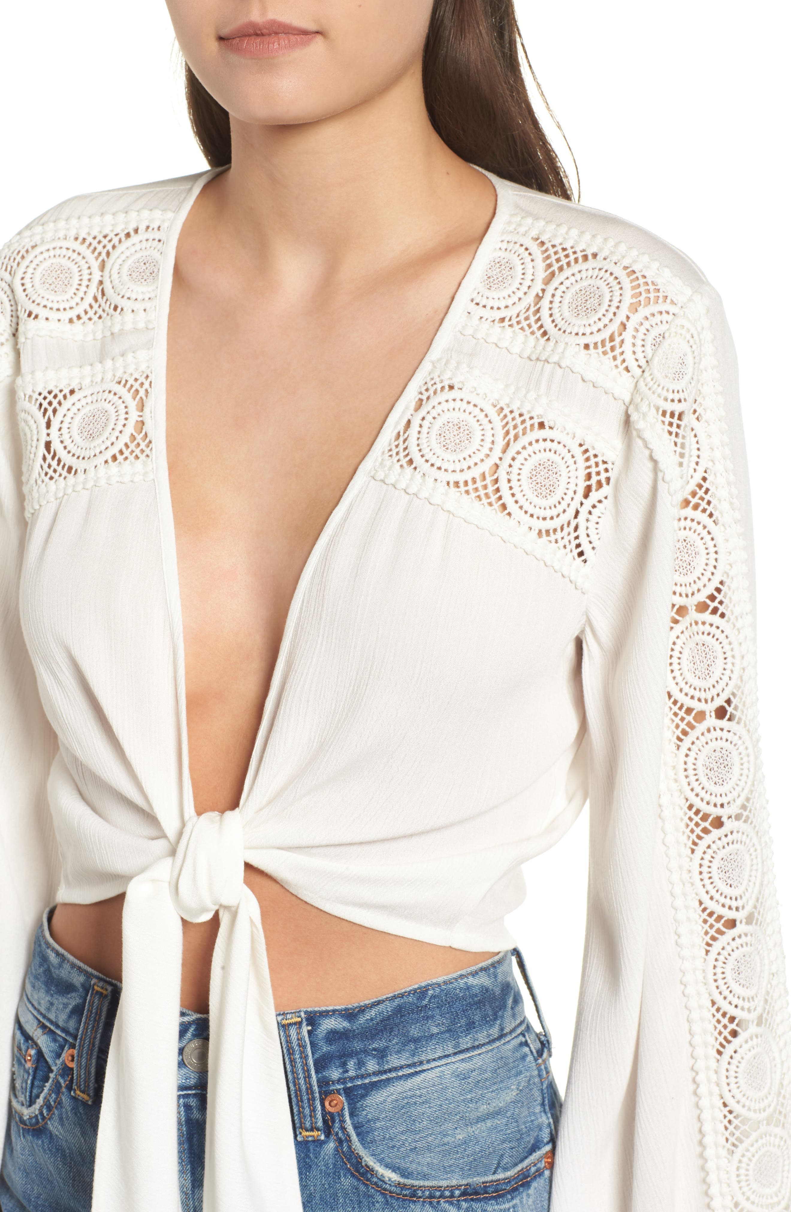 Tie Front Crop Top,                             Alternate thumbnail 4, color,                             Ivory